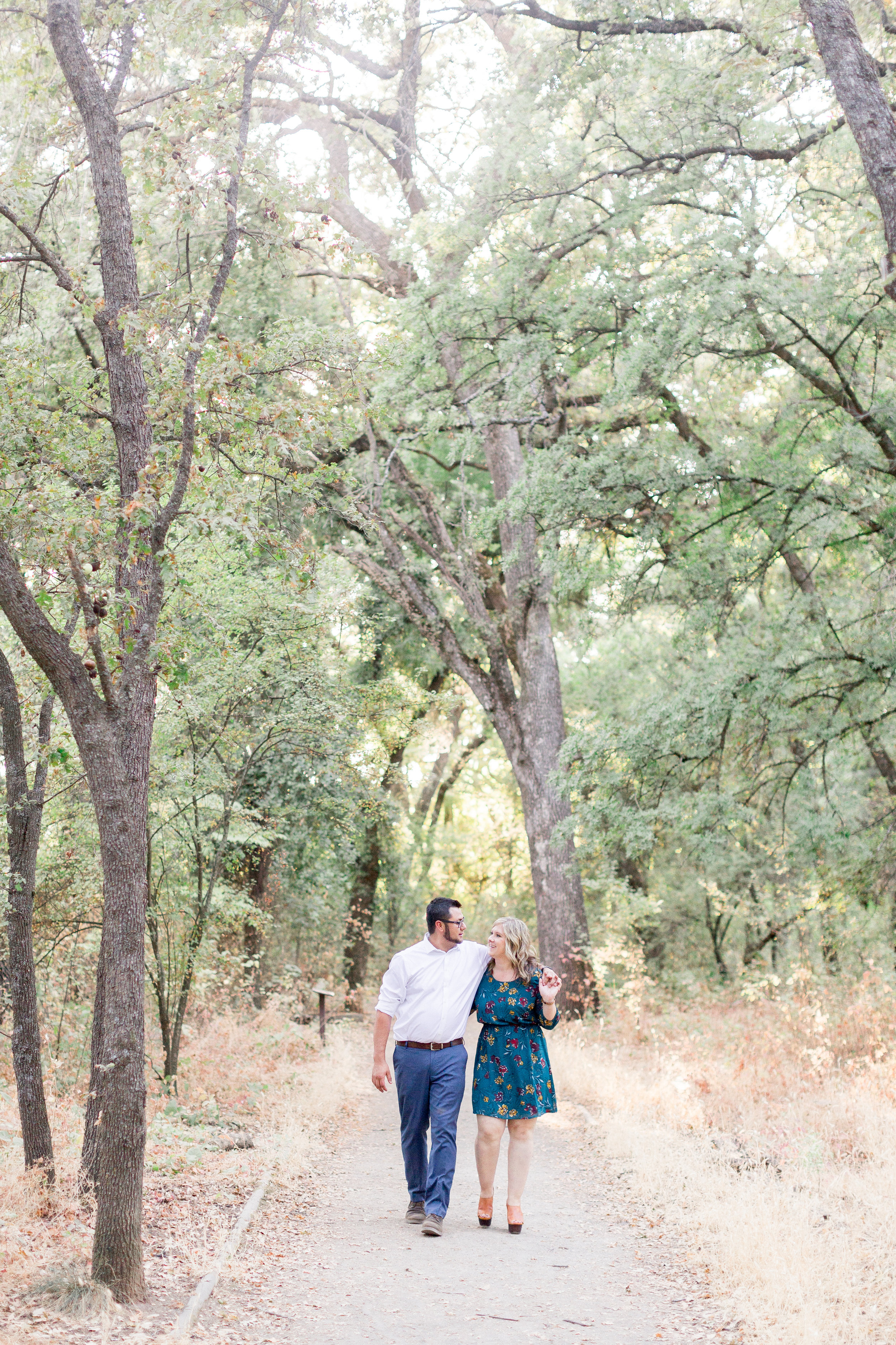 engaged-couple-takes-photos-in-northern-california(25 of).jpg