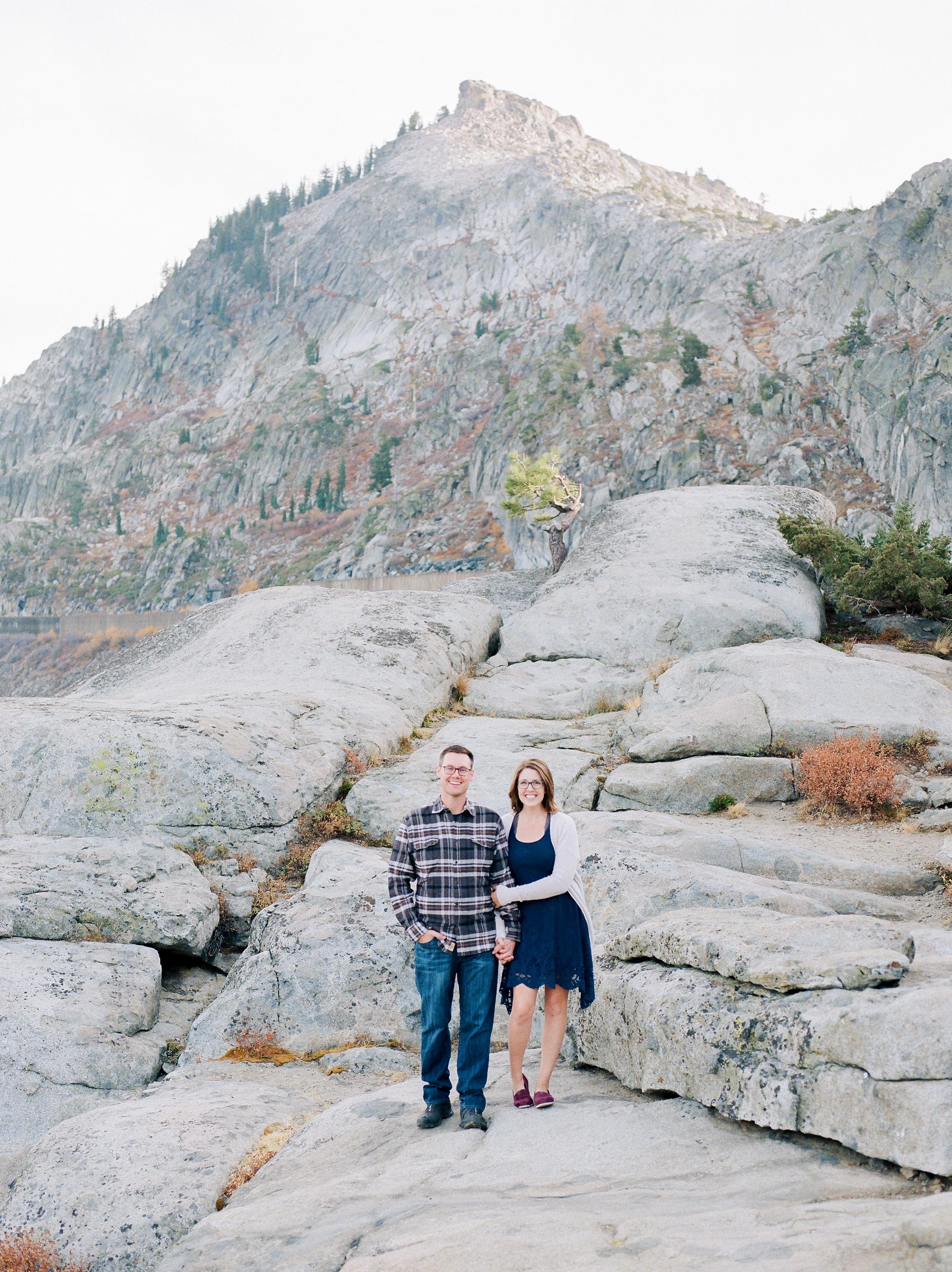 Donner-lake-adventure-photographer-captures-couple-on-wedding-annviersary (31 of).jpg