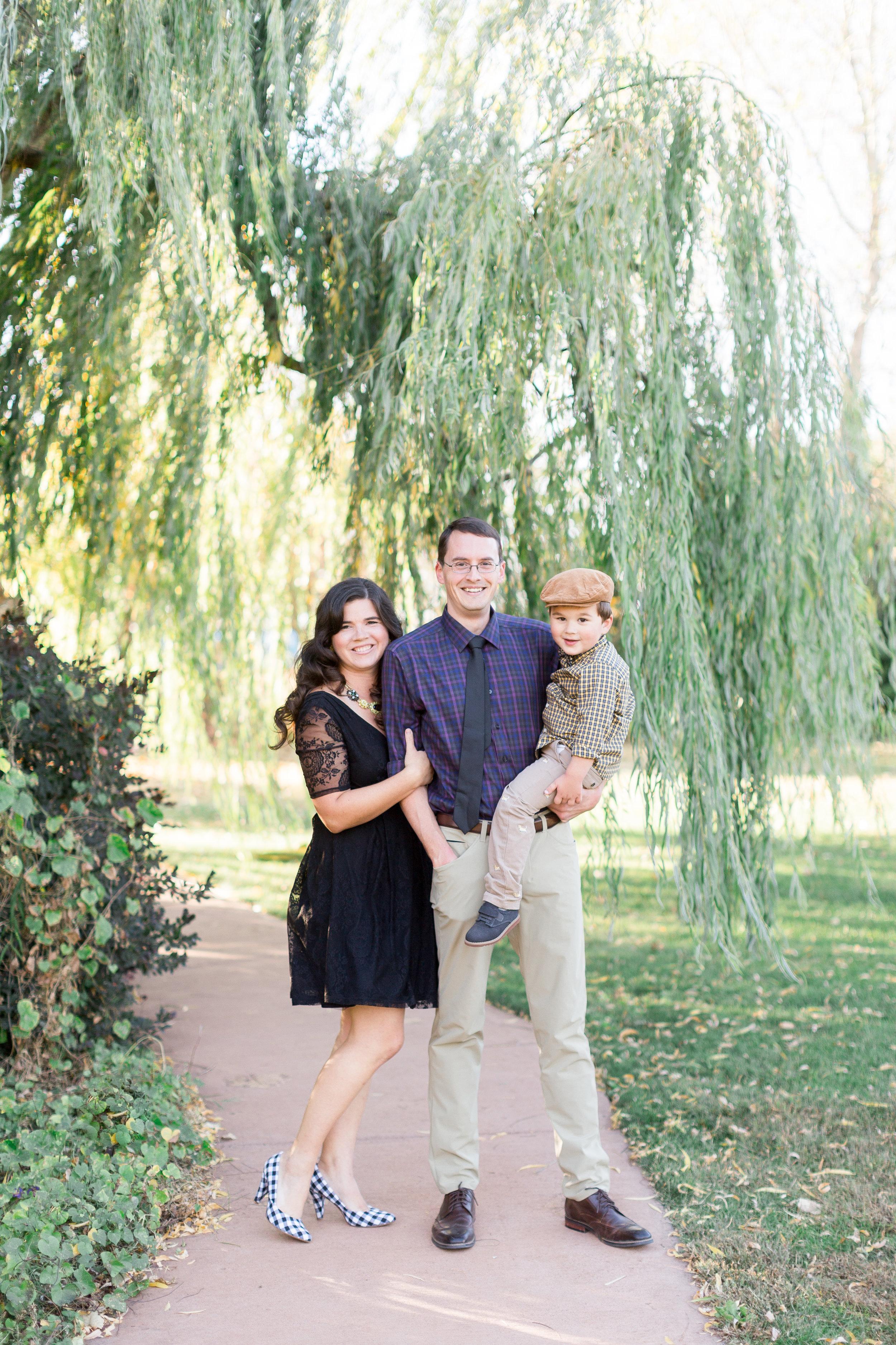 225White-Ranch-Family-photographer (10 of).jpg