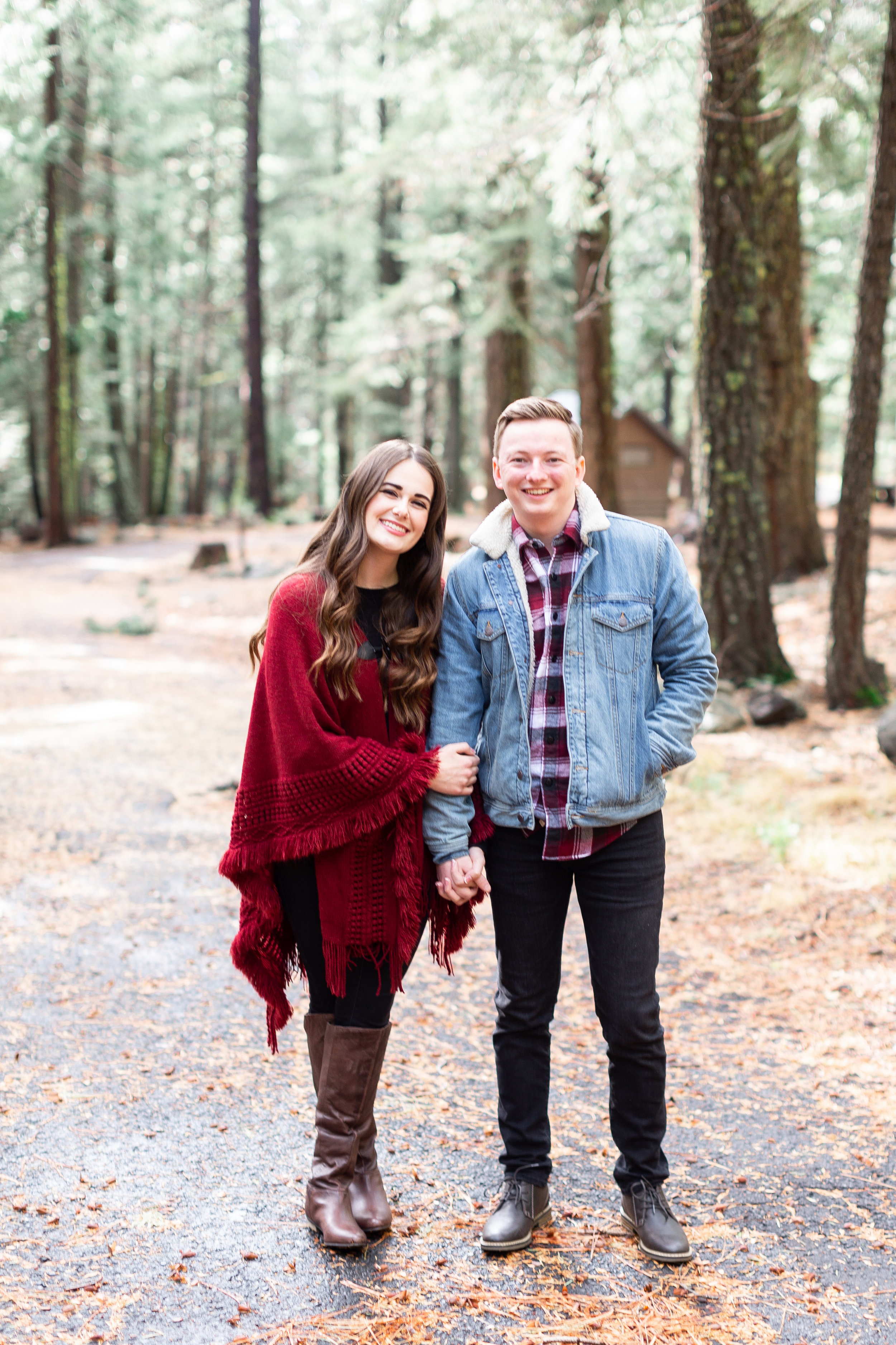 177Butte-Meadows-Winter-Engagement-Photos (23 of).jpg