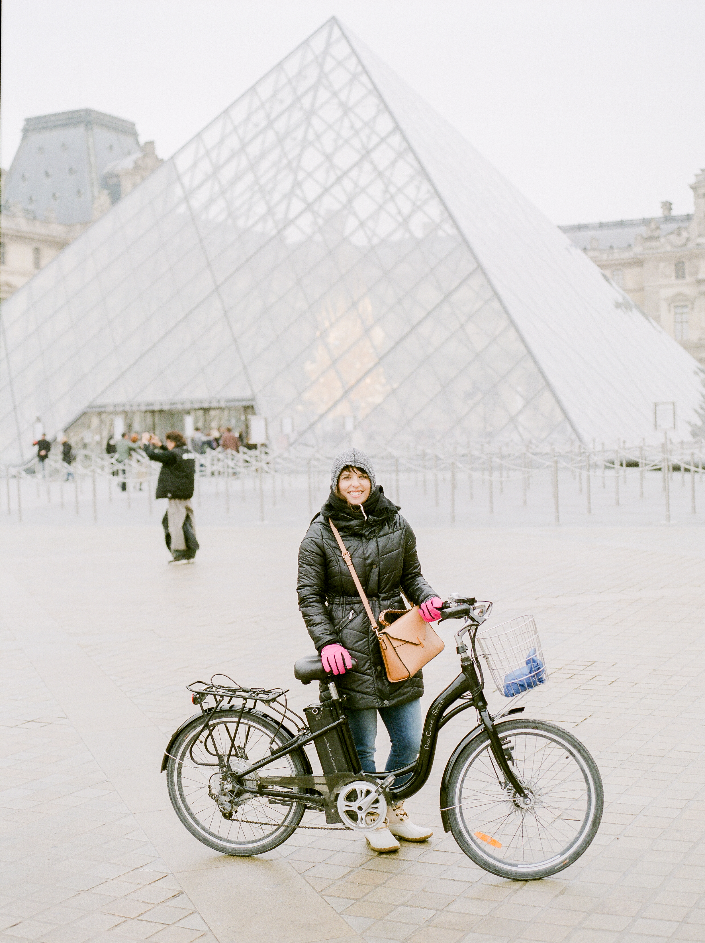 bike-tour-of-paris-during-the-daypg