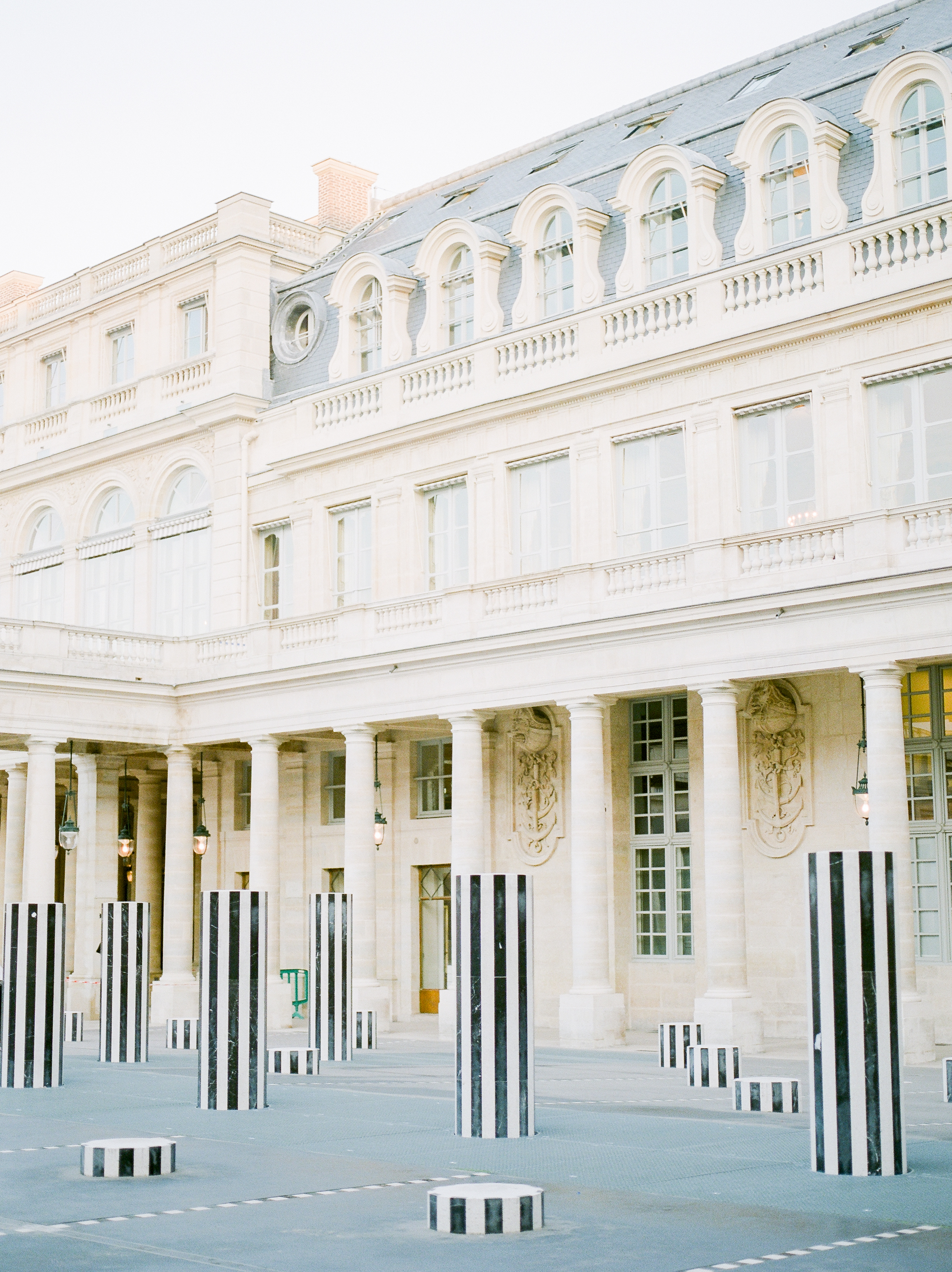 palace-royal-in-paris-during-the-winter.jpg