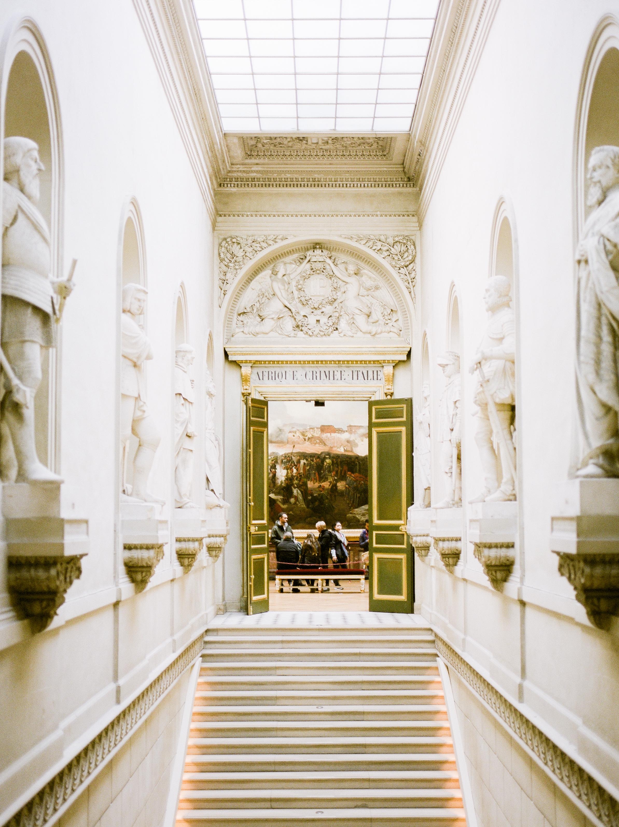 inside-chateau-de-versailles-in-the-winter.j.jpg