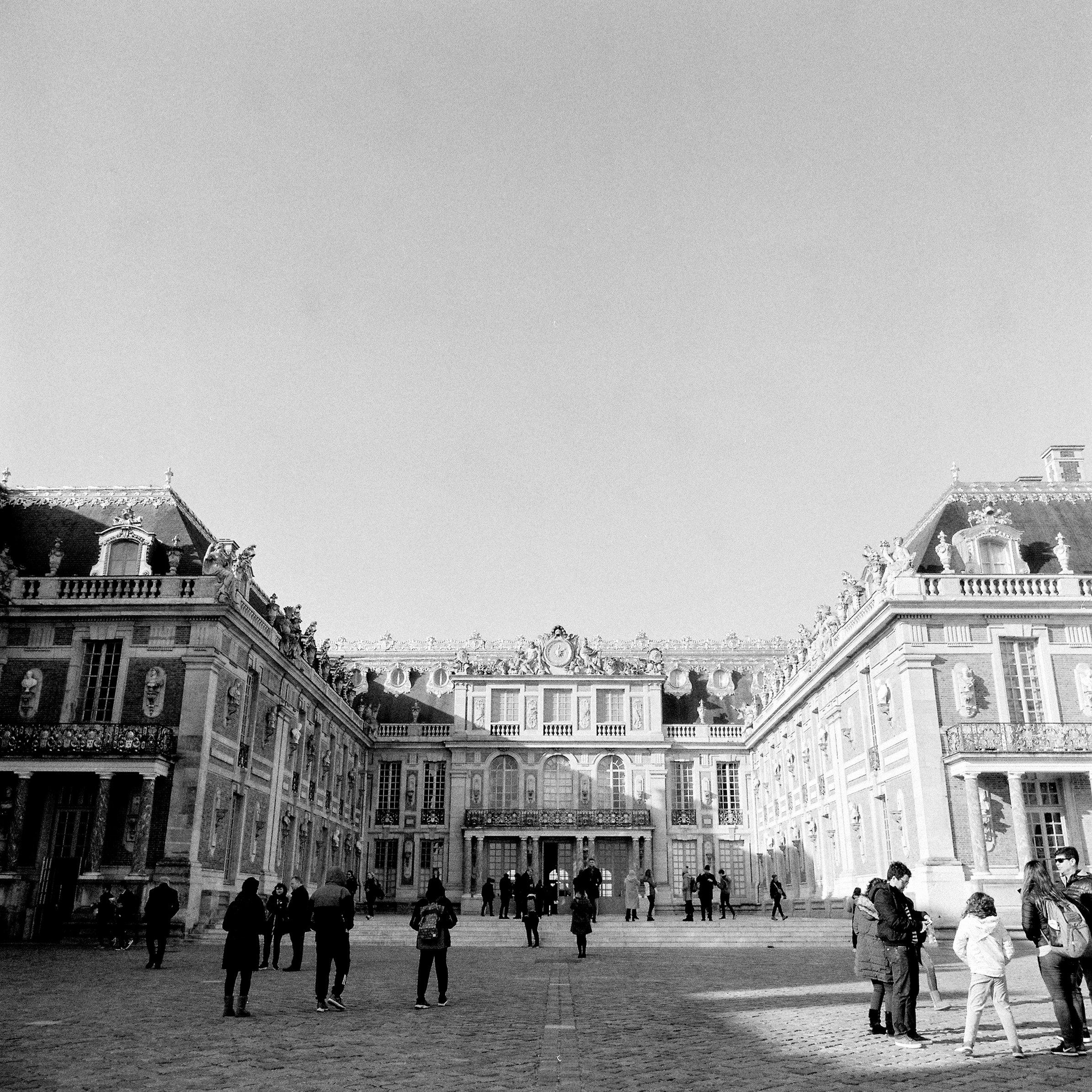 Palace-of-versailles-france.jpg