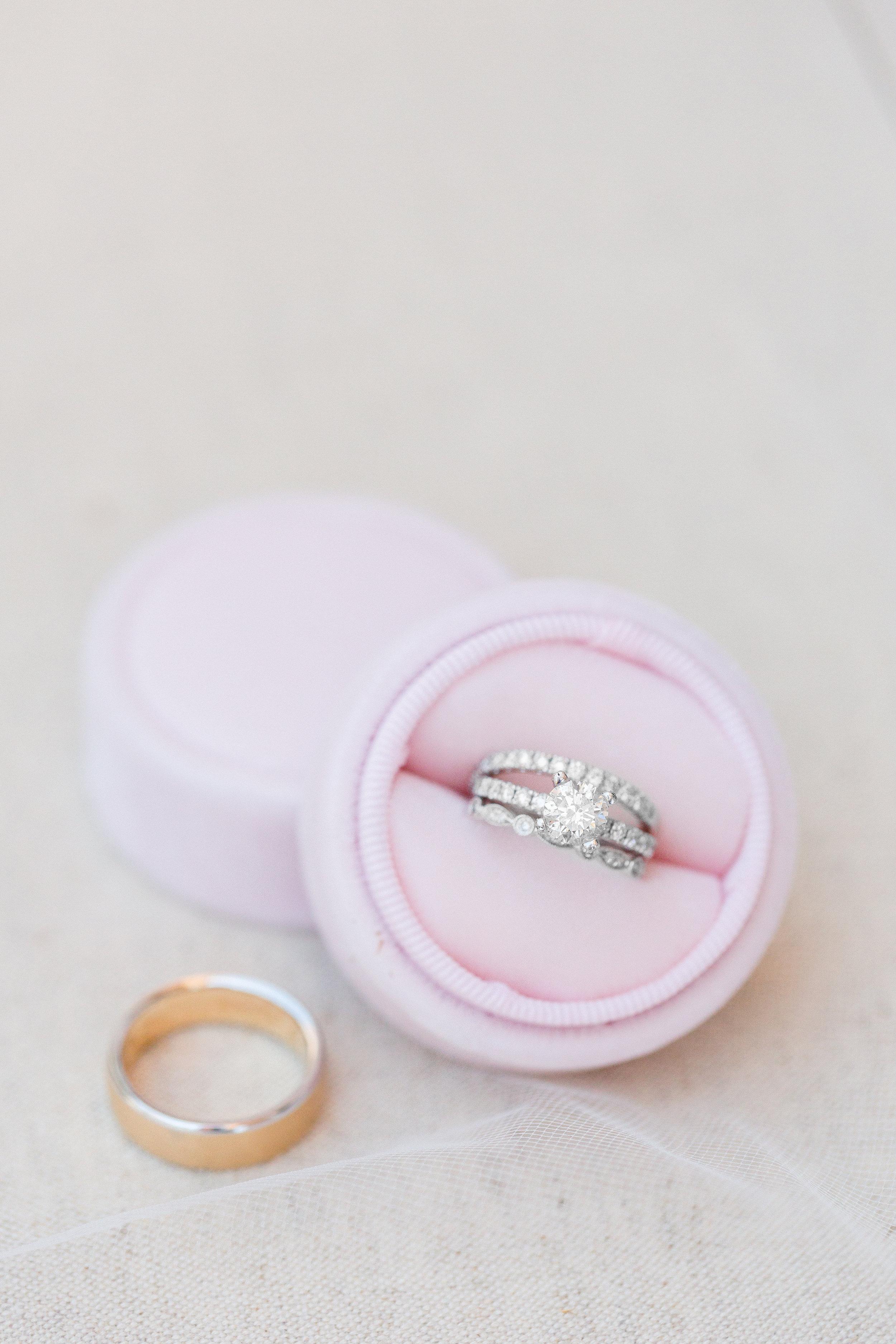 velvet-pint-mrs.box-for-brides-wedding-ring.jpg