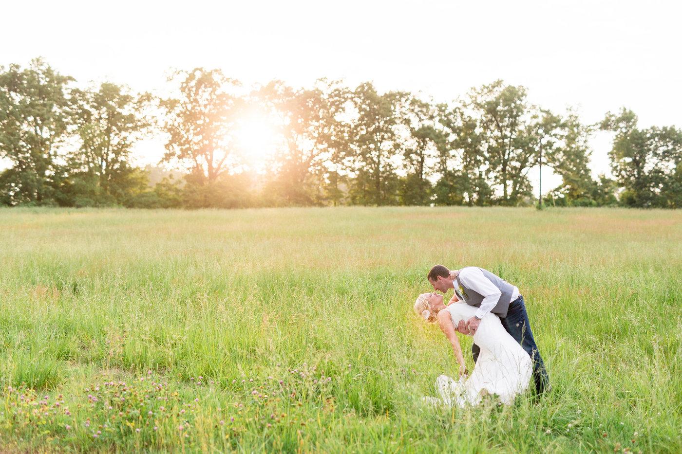 Murray-Kentucky-Rainy-Classic-Rustic-Wedding-Photos.jpg
