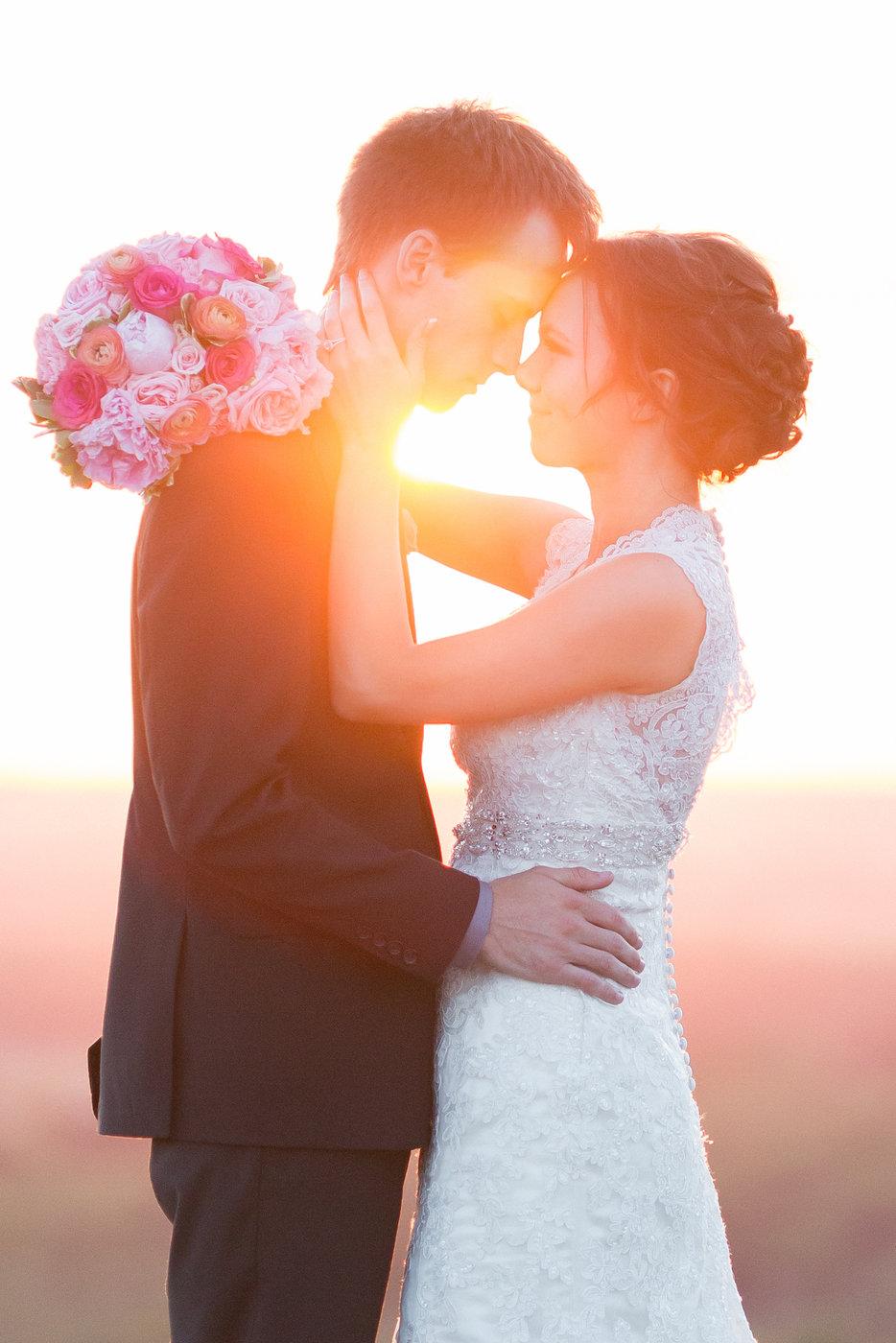Detroit-Mountain-Minnesota-Greenery-Sunset-Wedding-Photos.jpg