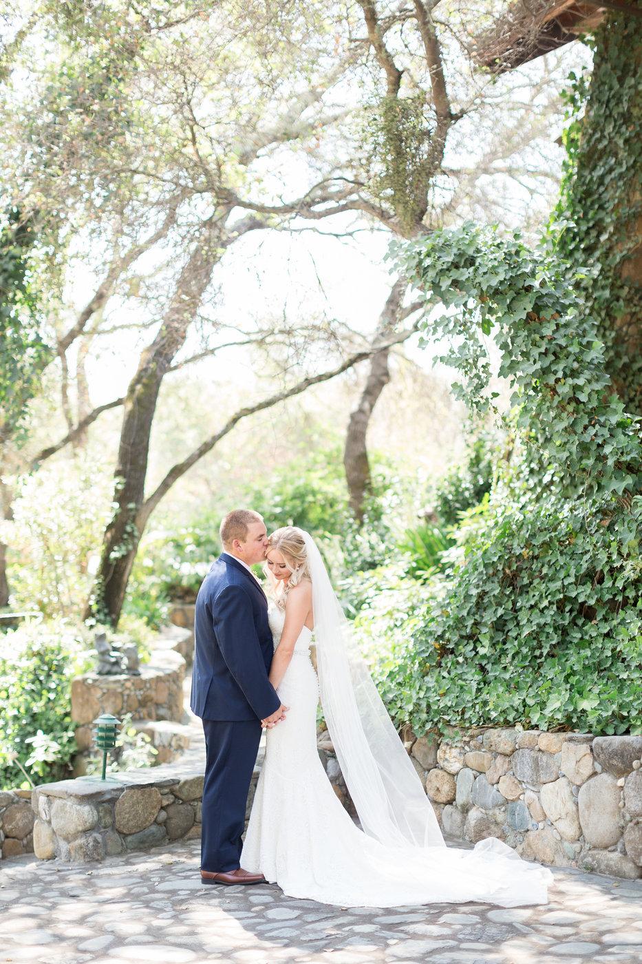 Centerville-estates-spring-wedding-photosjpg
