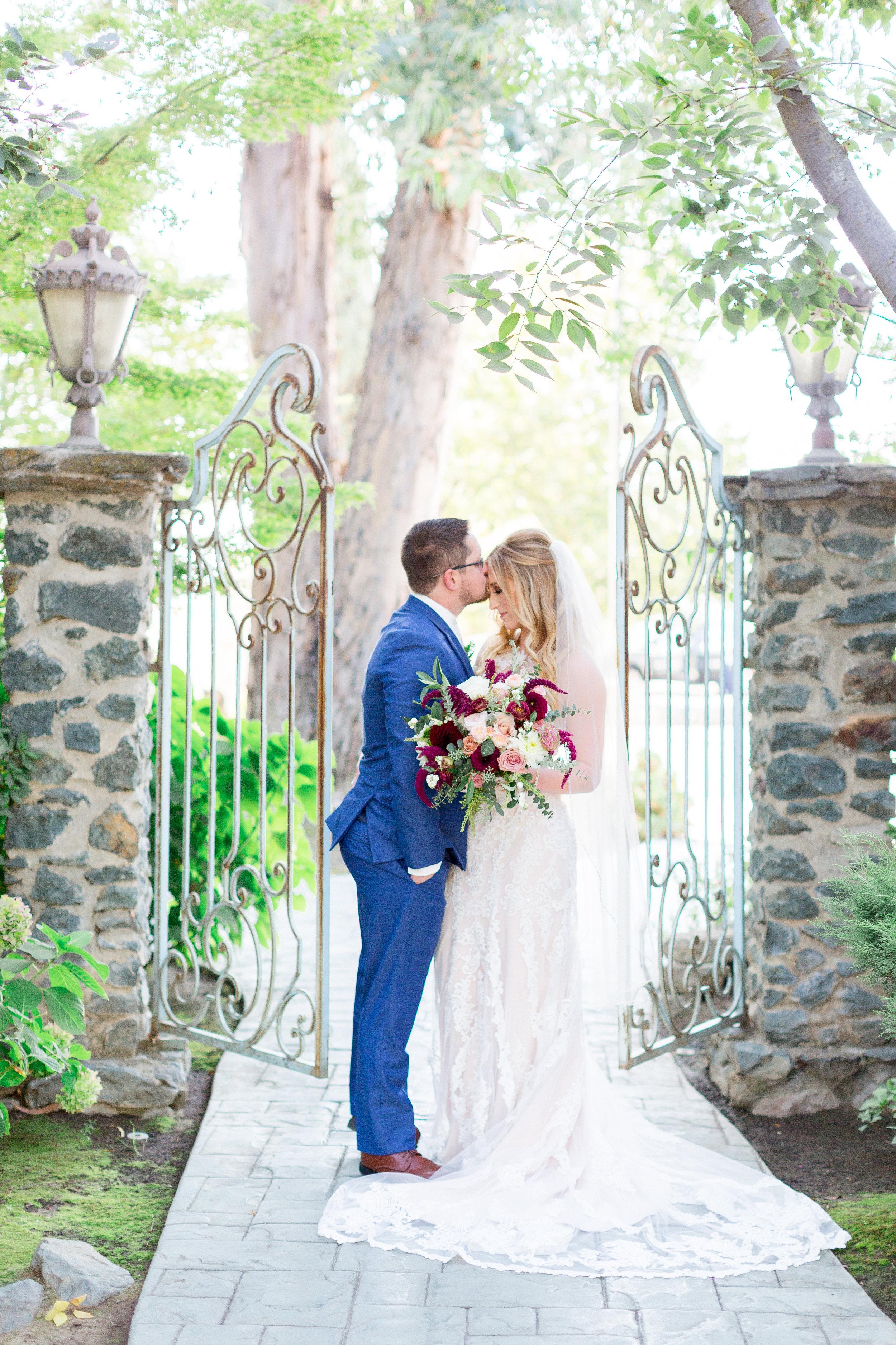 Mettler-Family-Vineyars-Wedding-photographer-4.jpg