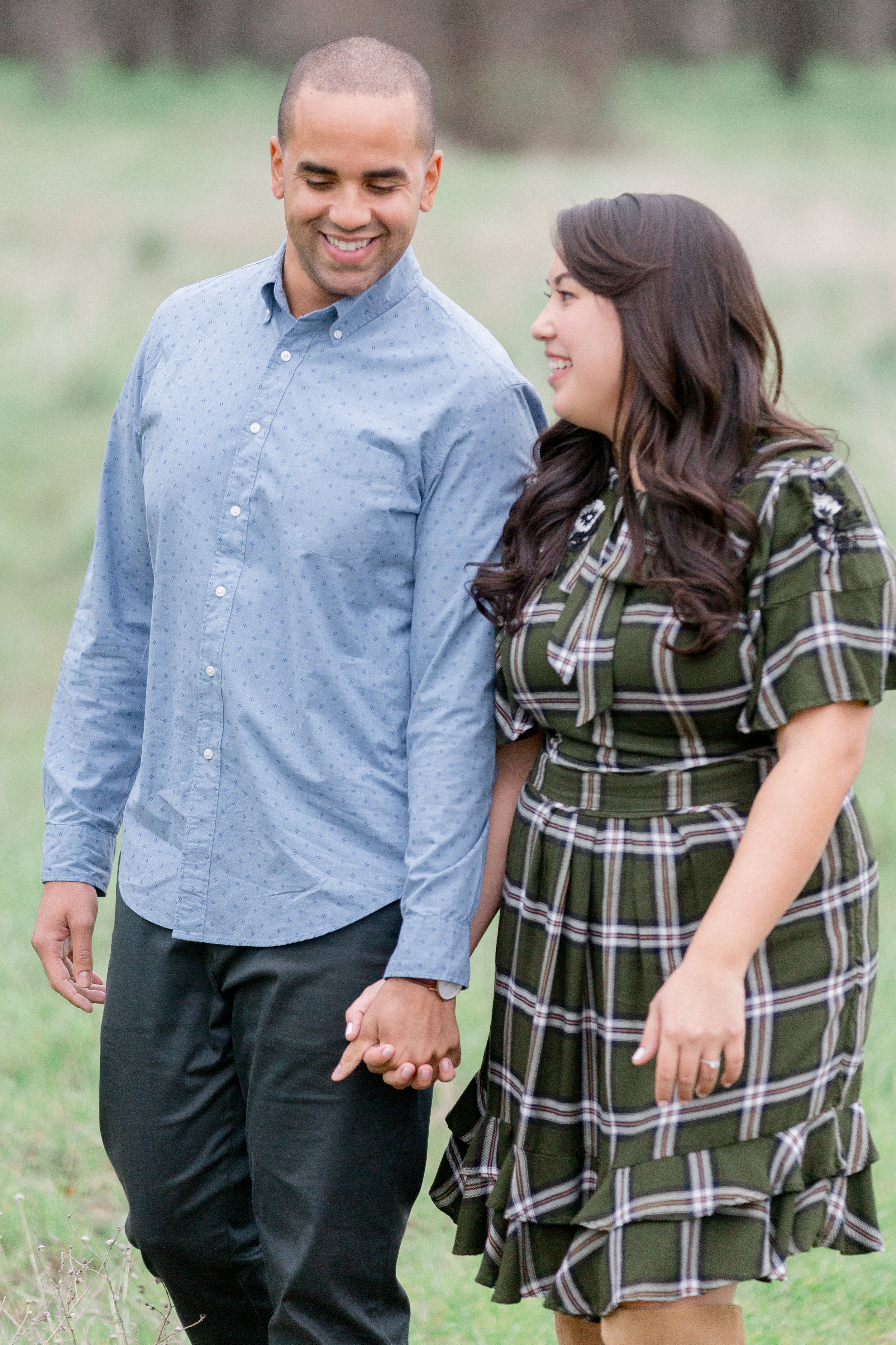 cute-engaged-couple-has-photos-taken-in-Bidwell-Park-Chico-California.jpg