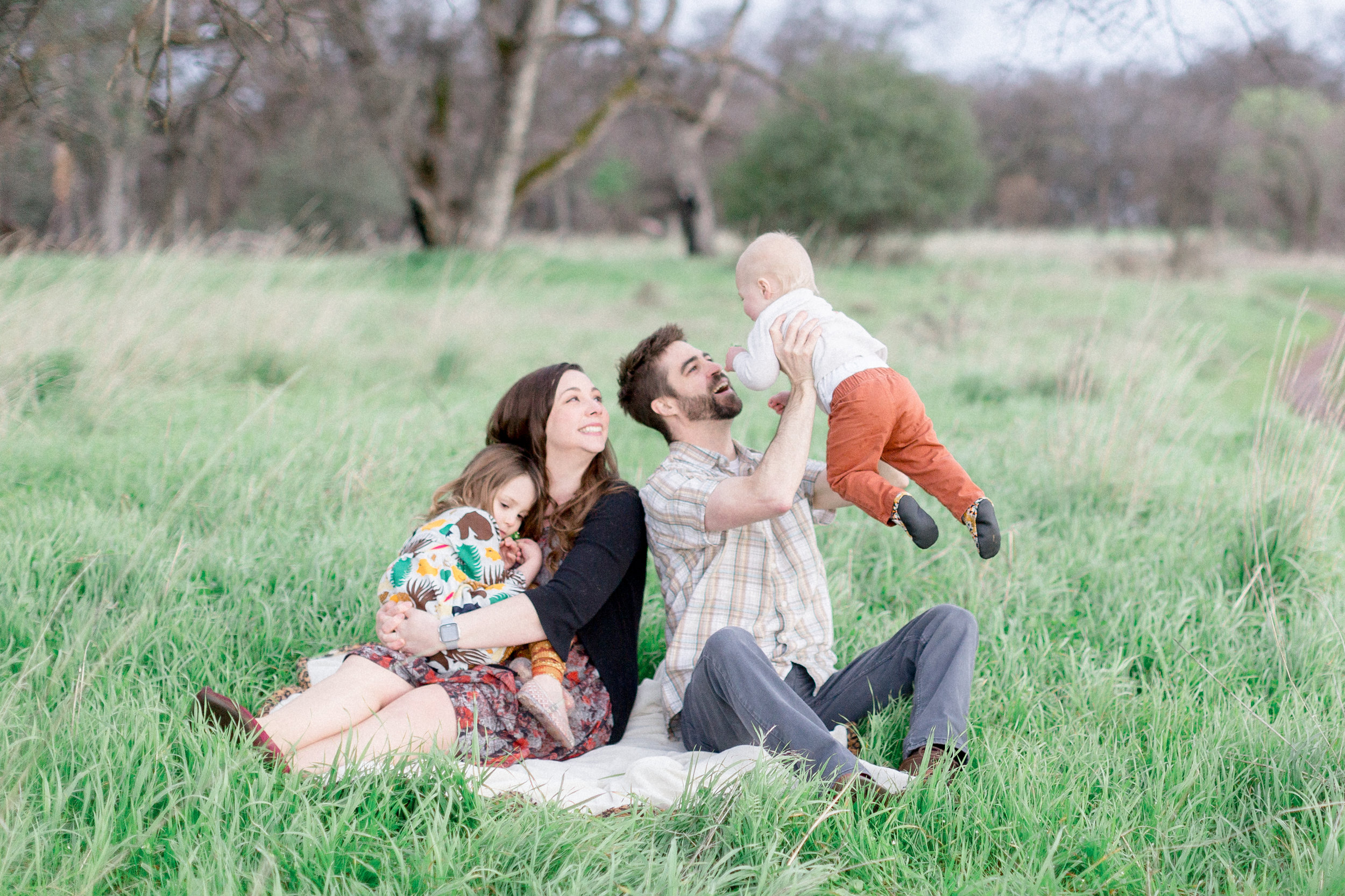 chico-family-and-baby-photographer.jpg