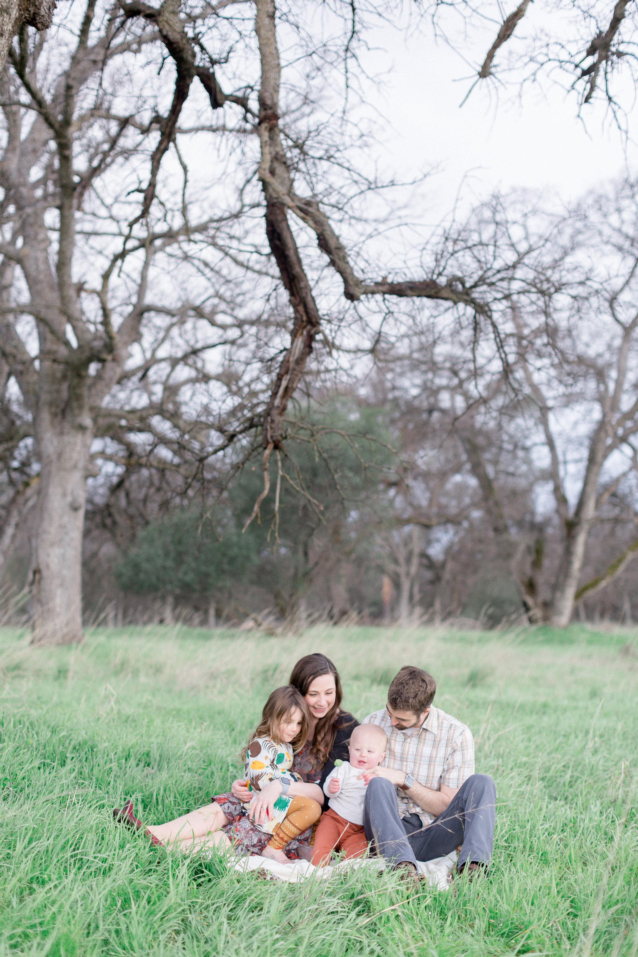 Spring-family-photos-Chico-California.jpg