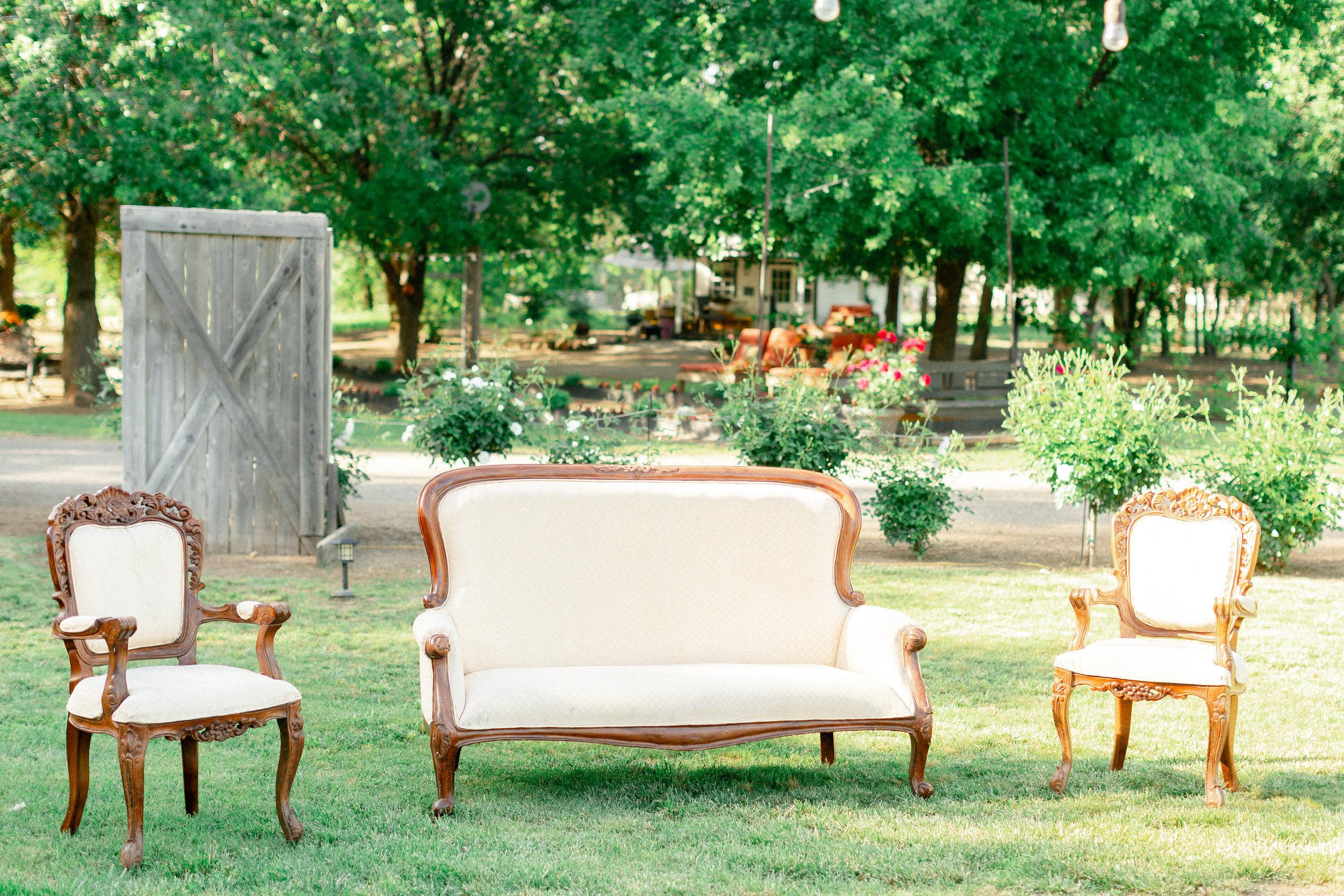 outdoor-wedding-reception-at-bella-rosa-farms-chico-ca.jpg