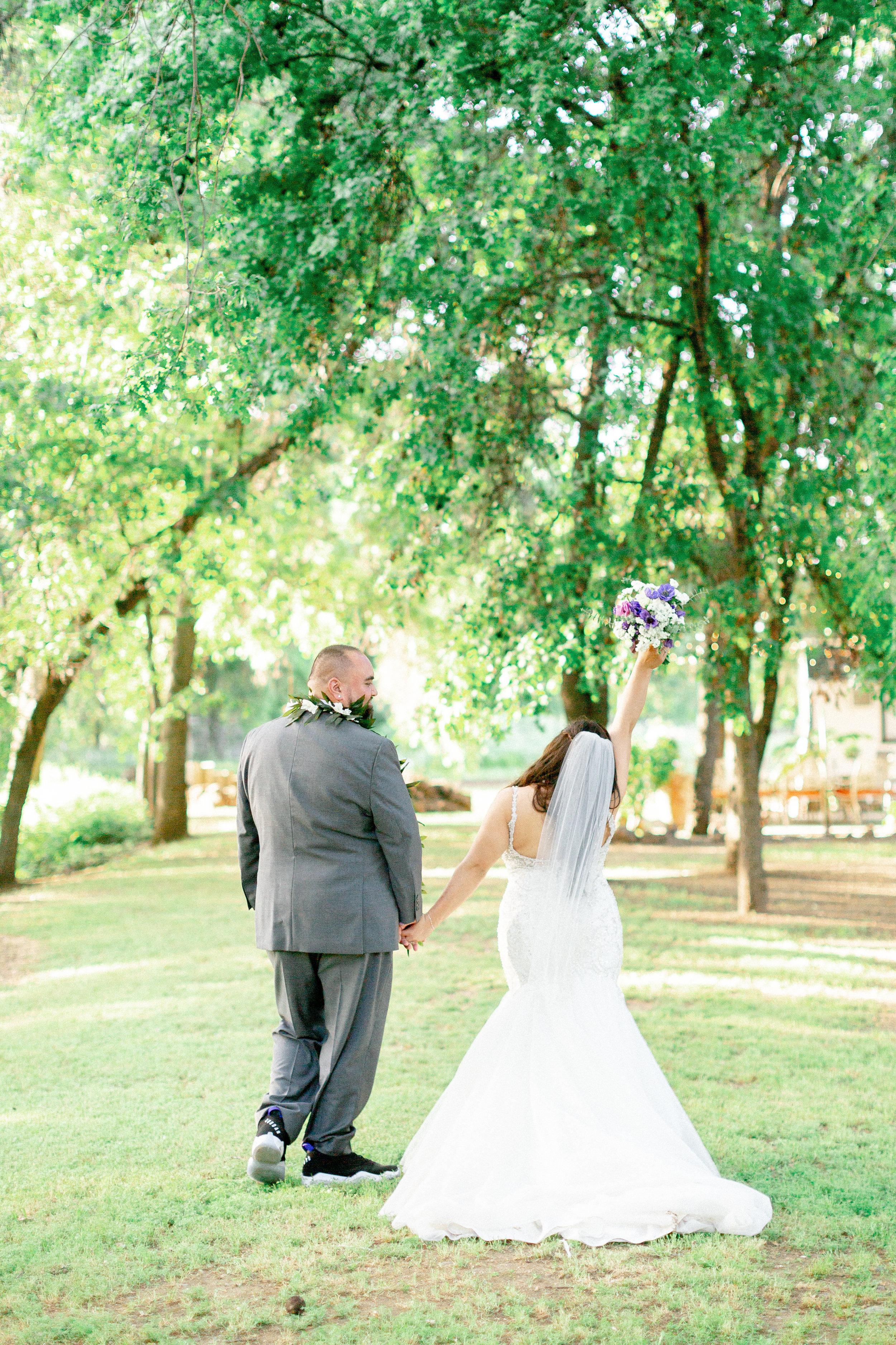 bride-and-groom-sunset-portraitsjpg