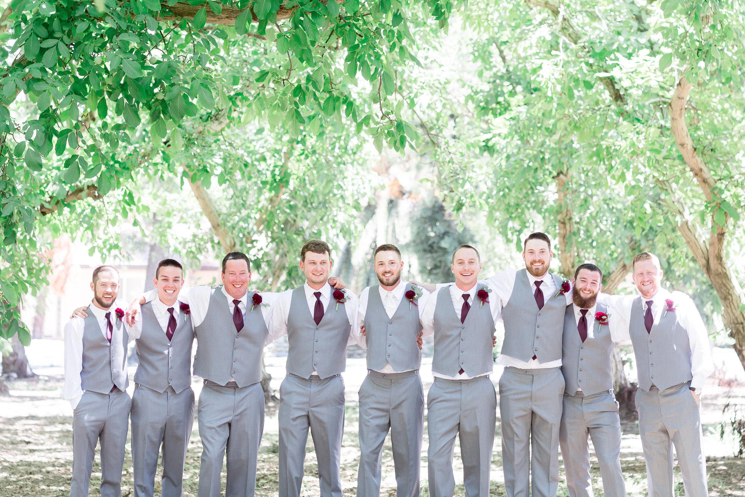burgundy-gray-greenery-outdoor-northern-california-wedding-featured