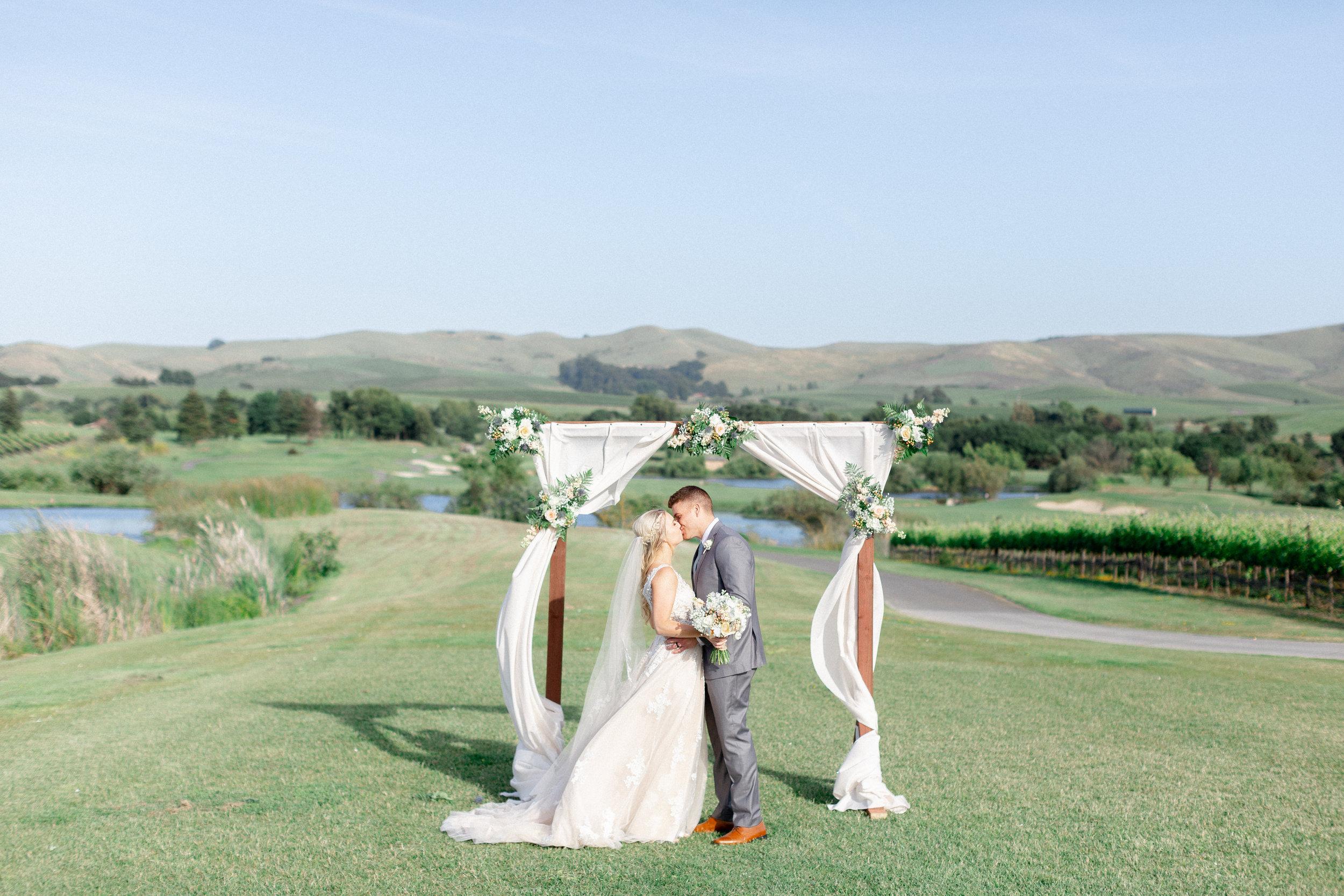 Eagle-Vines-Golf-Course-wedding-photographer (128 of 206).jpg