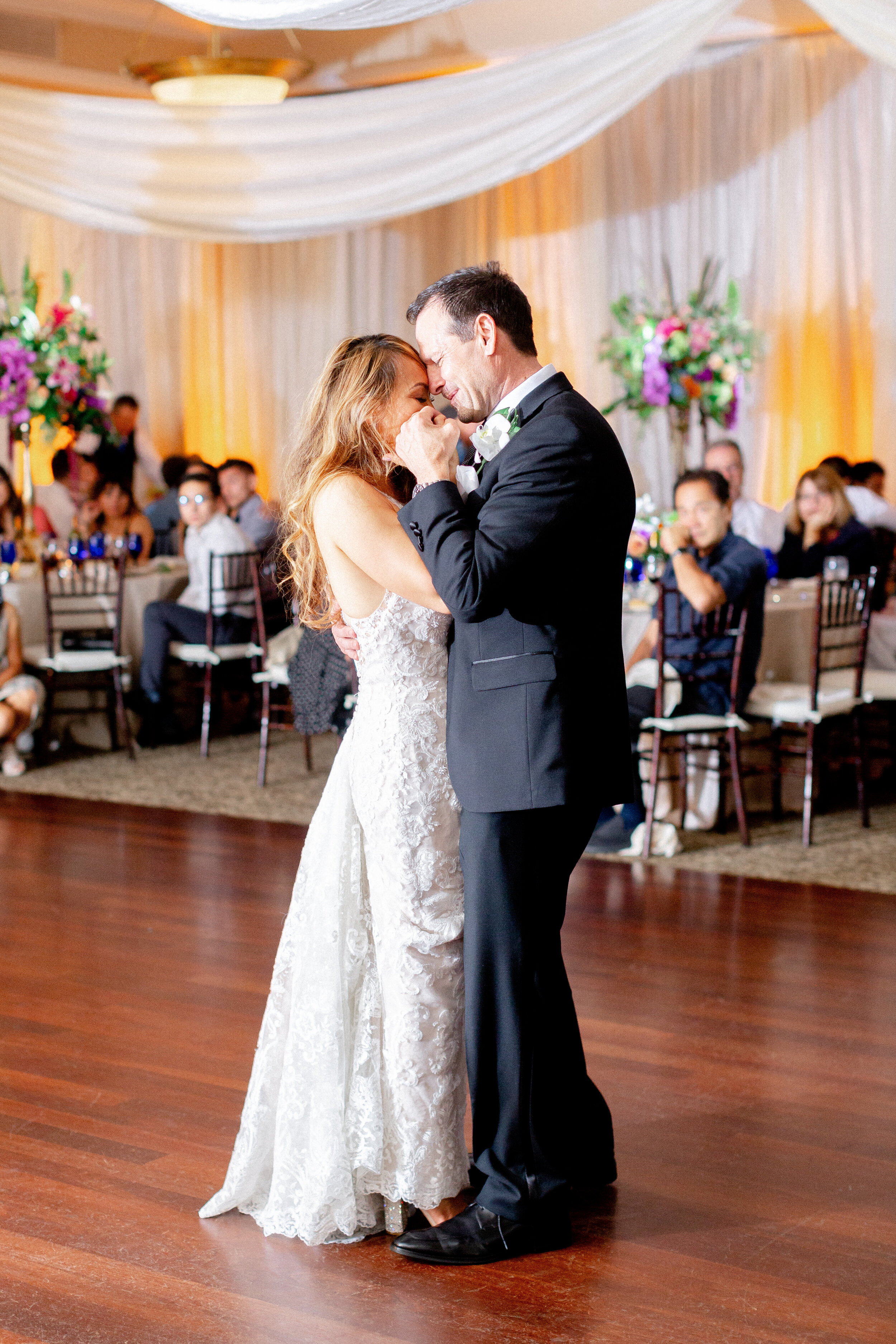 194Downtown-Campbell-Ainsley-House-Wedding-Photos (184 of).jpg