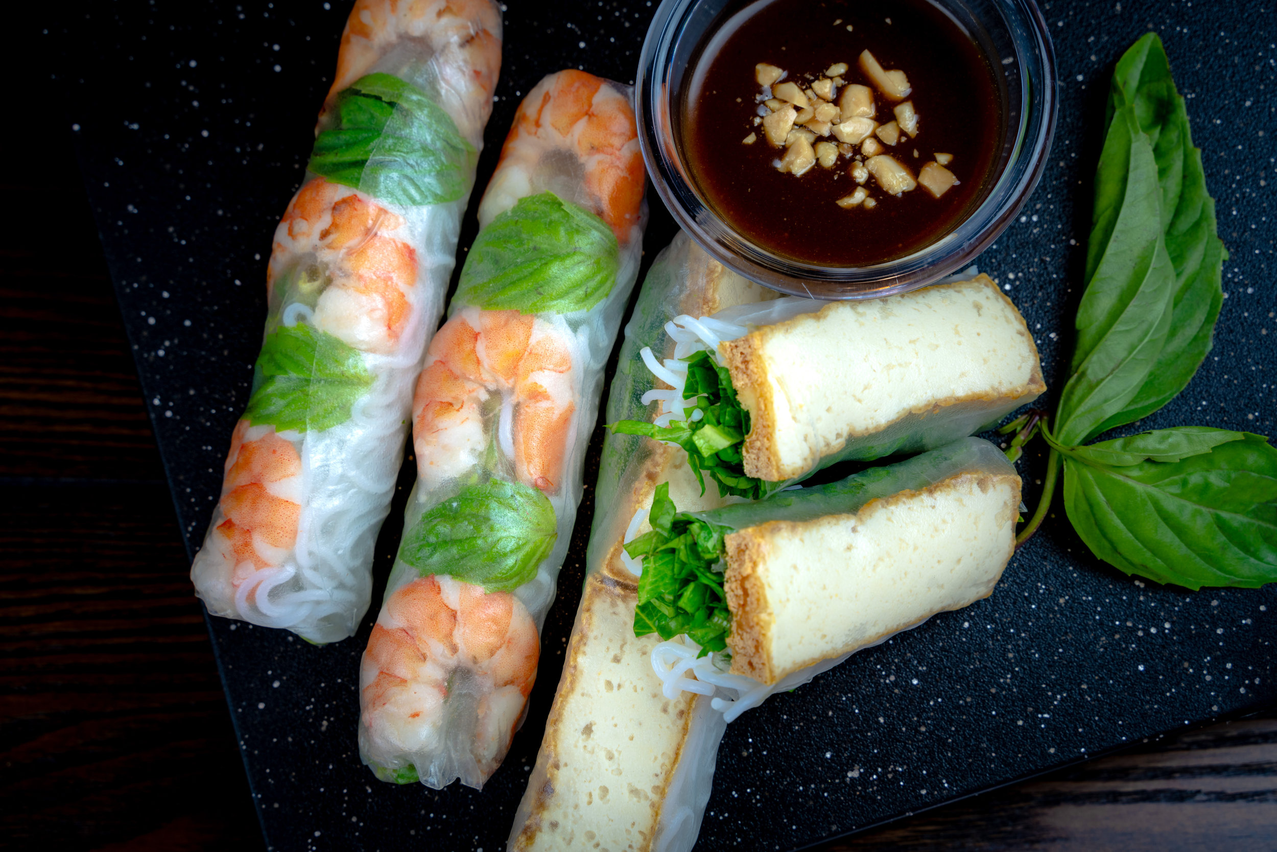 Shrimp/ Tofu Fresh Summer Rolls with Creamy Peanut Sauce
