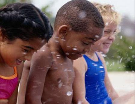 kids-splashing.jpg
