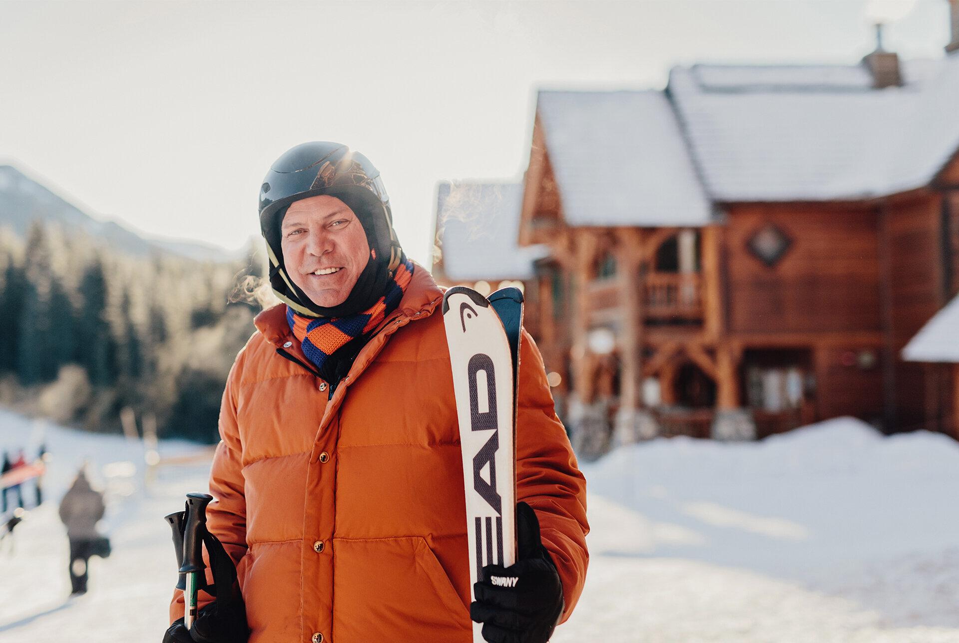 AB_Rob Scheer_Lake Louise Skiing.jpg