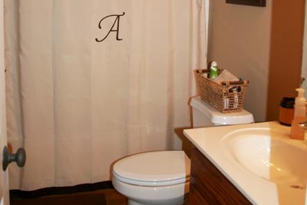 bathroom_big.jpg