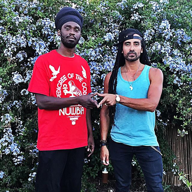 BIG UP the Levite #raszahir for the continual support, professional character and exemplary attitude. Co-founder of @blackheart_warriors_hifi @iroots.records RASTAFARI is great and limitless... . . . 📸 #nattybuzrok