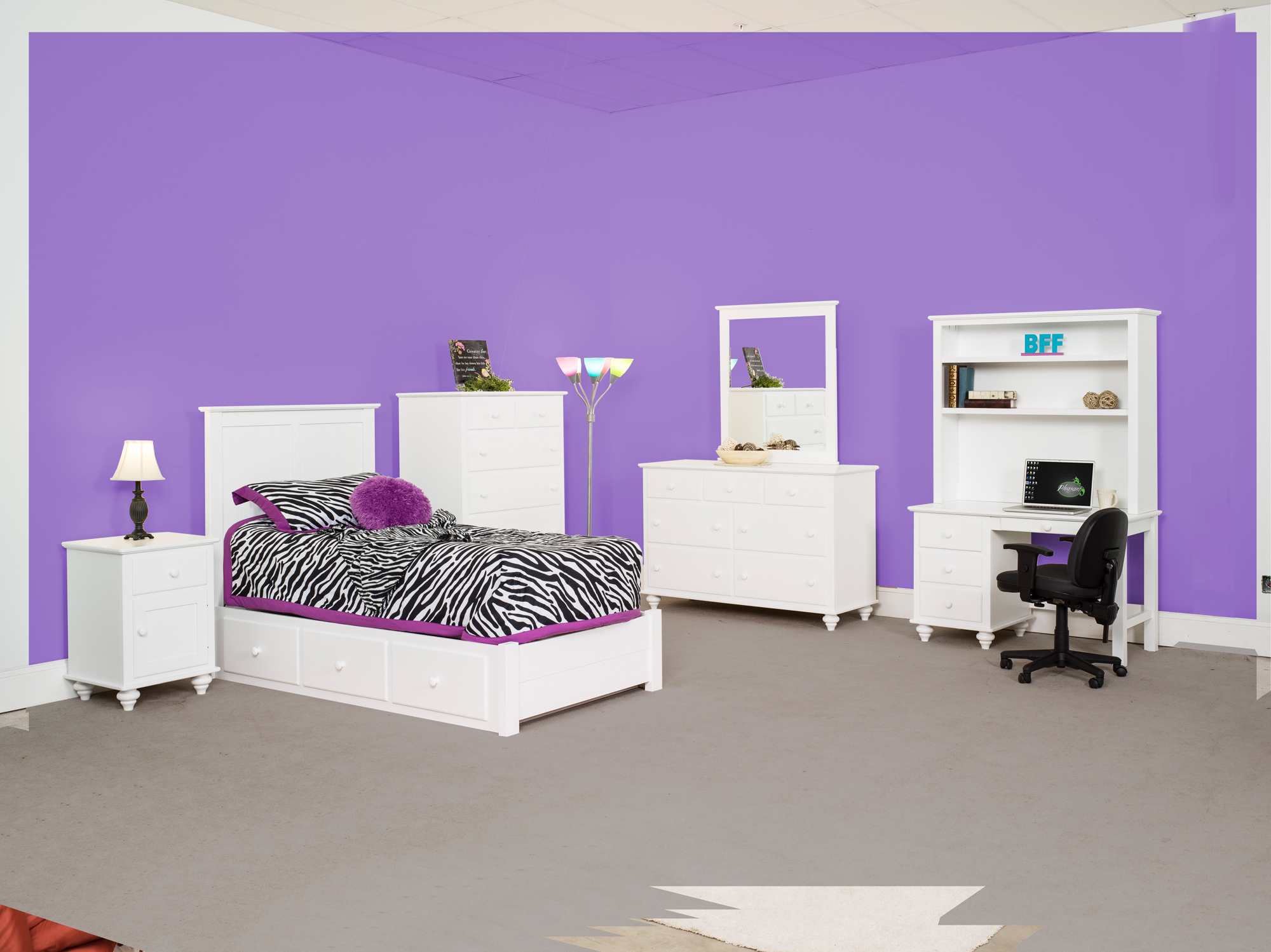 Wilkensburg Bedroom Set with Student Desk