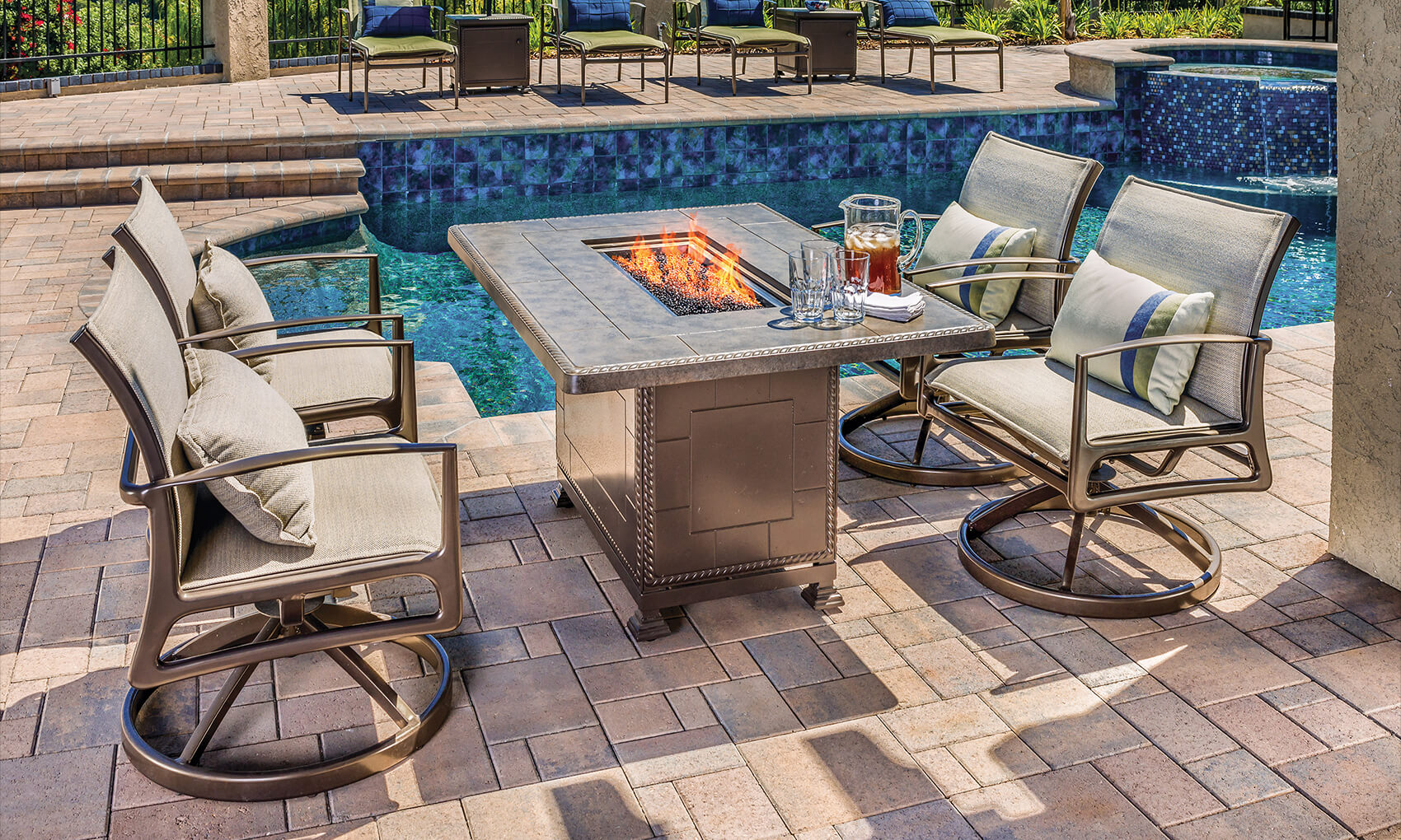 outdoor-furniture_fire-pit-collections_paradise-gas-fire-pits_20-m.jpg