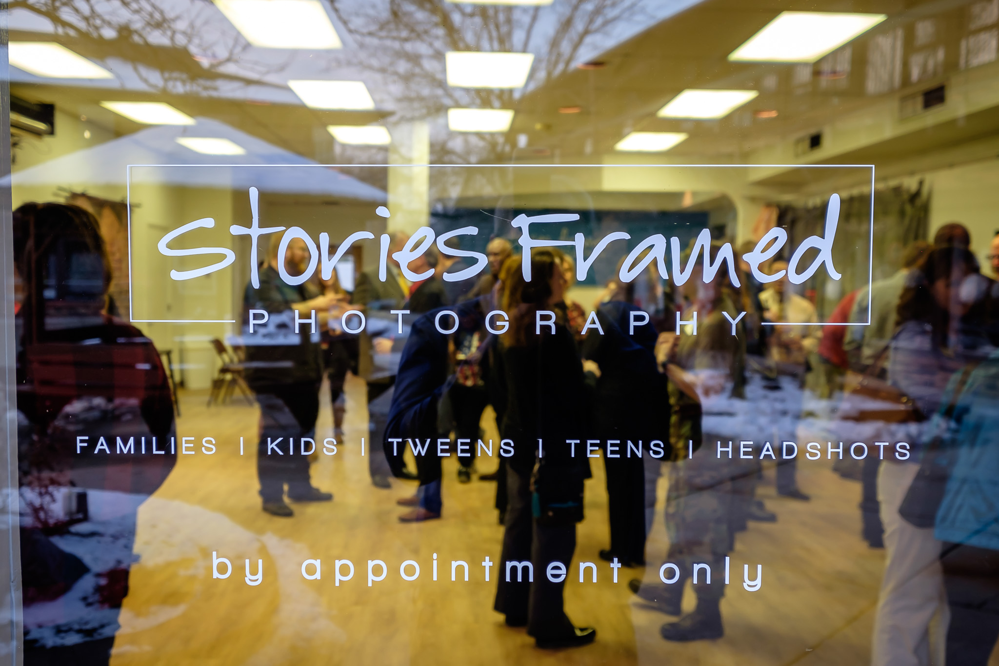180125-StoriesFramedRibbonCutting-173516.jpg