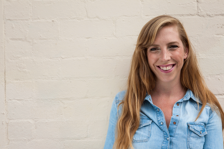 I'm Tonielle and I help changemakers present their big ideas through beautiful, meaningful design. -