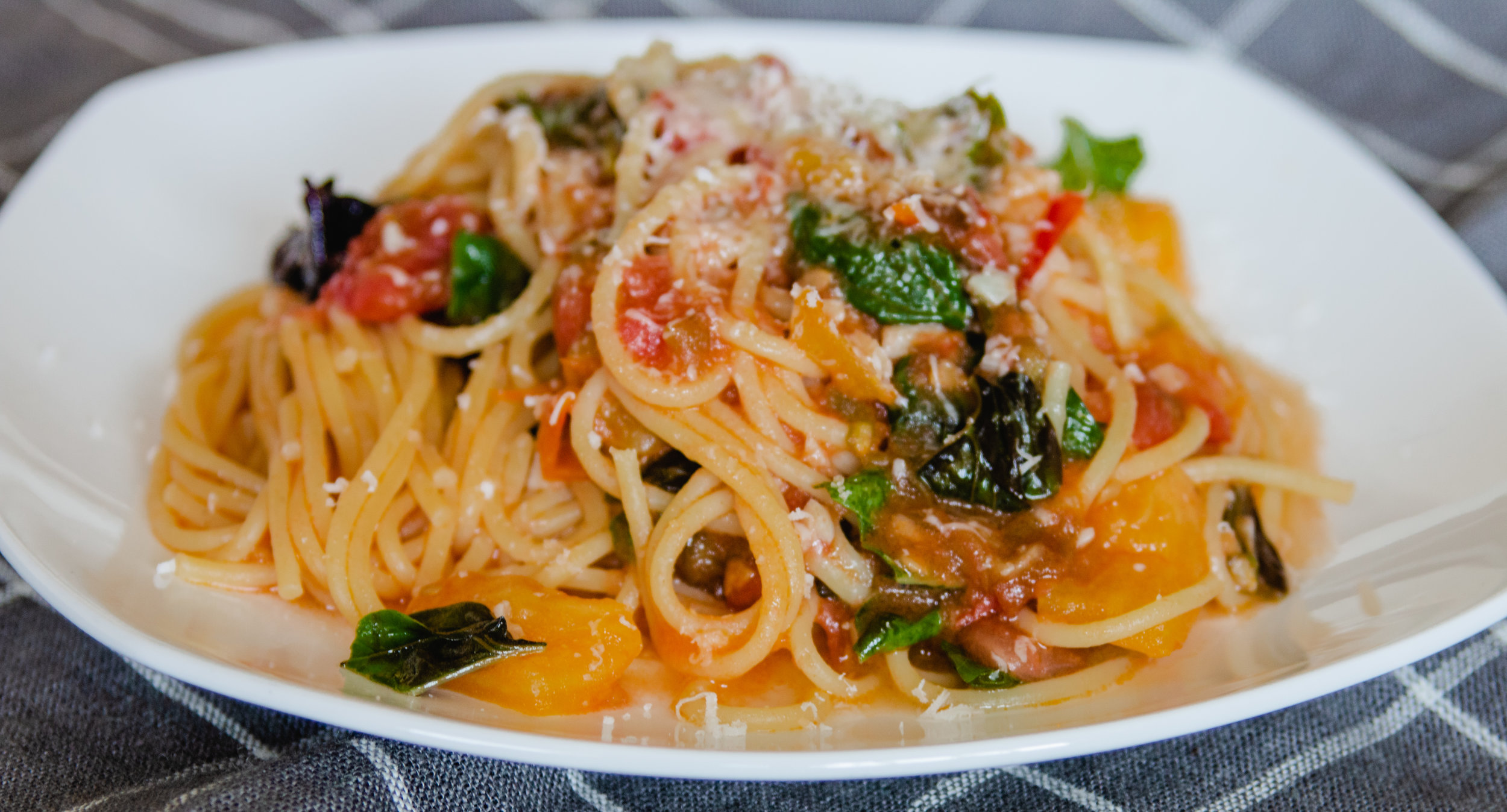 Life Changing Summer Spaghetti, Ready In 10 Minutes!