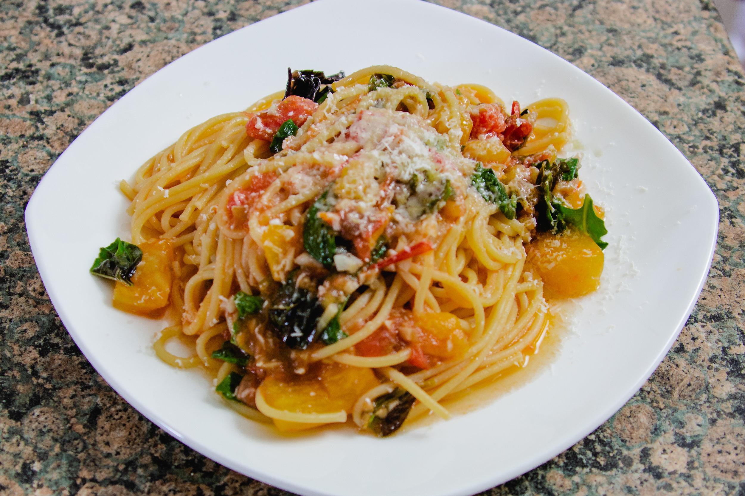 The Easiest Summer Spaghetti