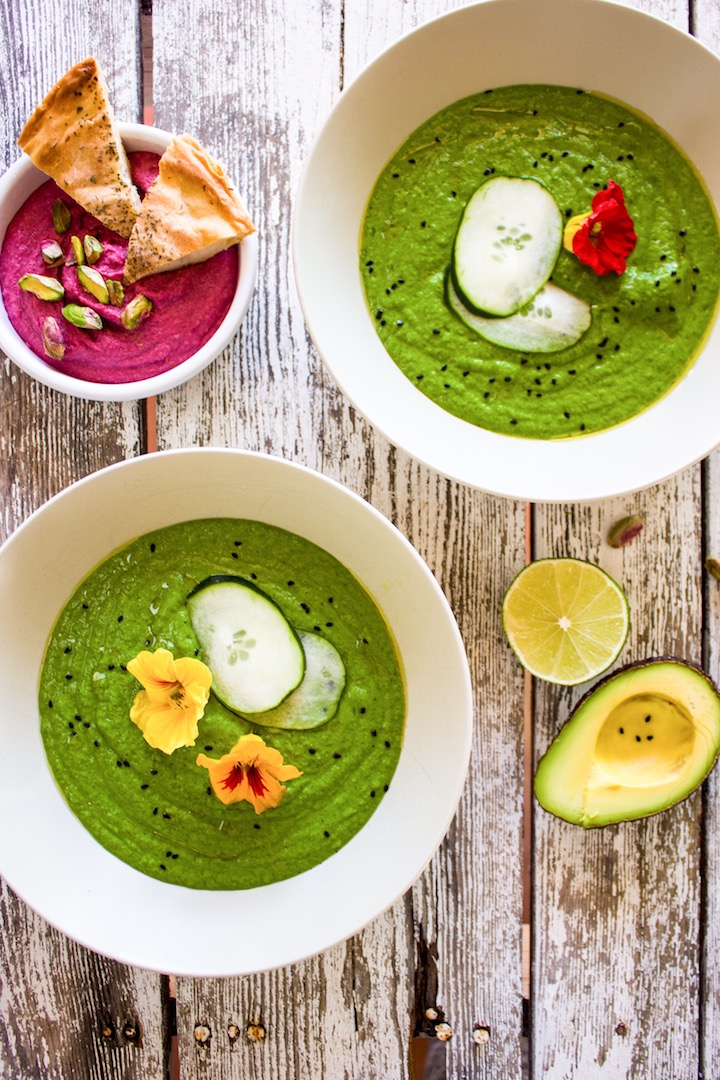 Healthy and mouth-watering gazpacho verde with lots of green veggies! #Gluten free #diary free and #vegan!