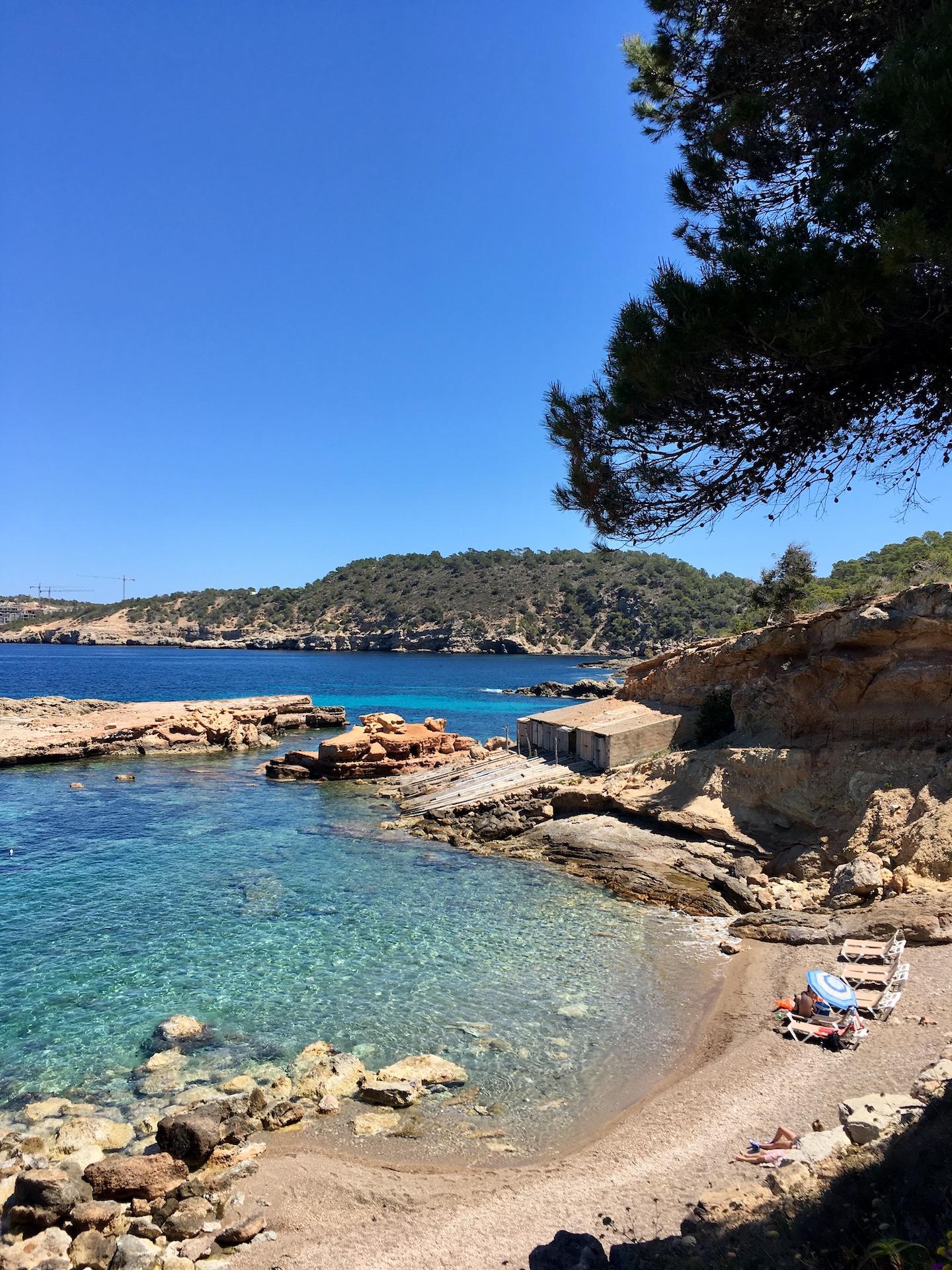 S'Illot des Rencli - wunderschöne Bucht in Ibizas Norden #Ibiza #Urlaub #Strand #Geheimtipp #Schnorcheln #Kajak #SUP