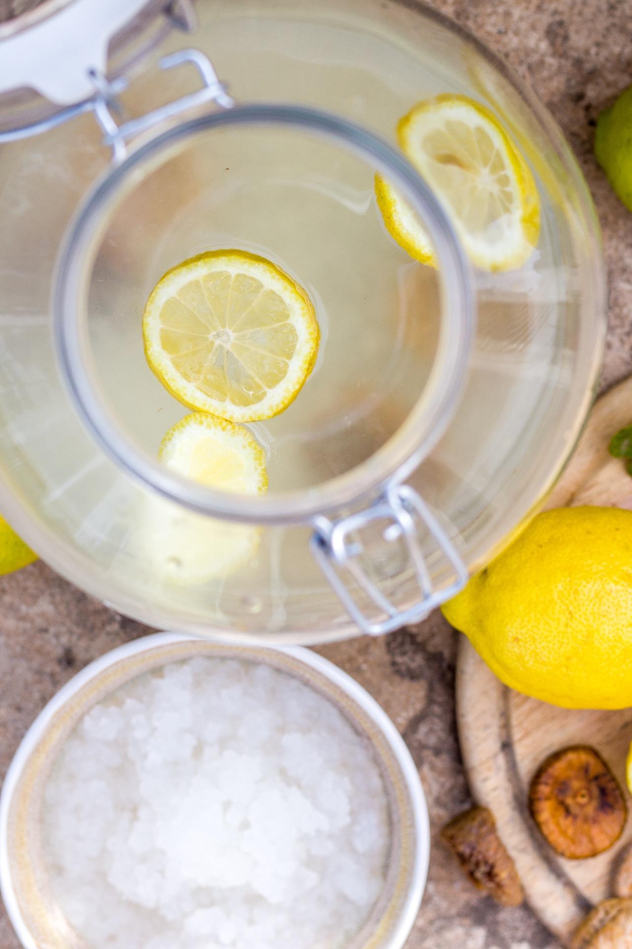Wasserkefir selbst herstellen - so geht's! #kefir #wasserkefir #fermente #getränke #sommerzeit