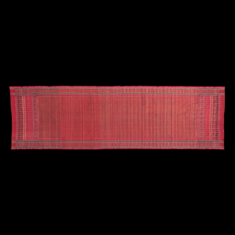 Silk Hip Wrapper for Nobleman Gift from King Mongkut to President Franklin Pierce, 1856 96 x 319 cm Courtesy of the Smithsonian Institution, Department of Anthropology; E83-0; Photo by James Di Loreto and Lucia RM Martino