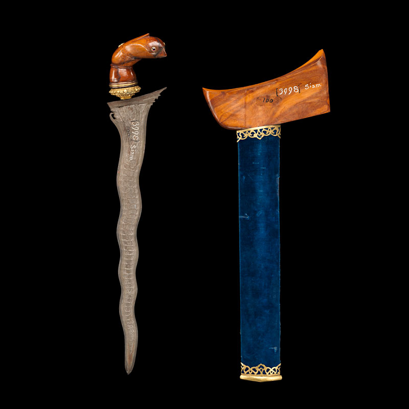Malay-style Pamor Steel Kris and Satinwood Sheath Gift from King Mongkut to President Franklin Pierce, 1856 42.5 cm length Courtesy of the Smithsonian Institution, Department of Anthropology; E100-0; Photo by James Di Loreto, Lucia RM Martino, and Fred Cochard