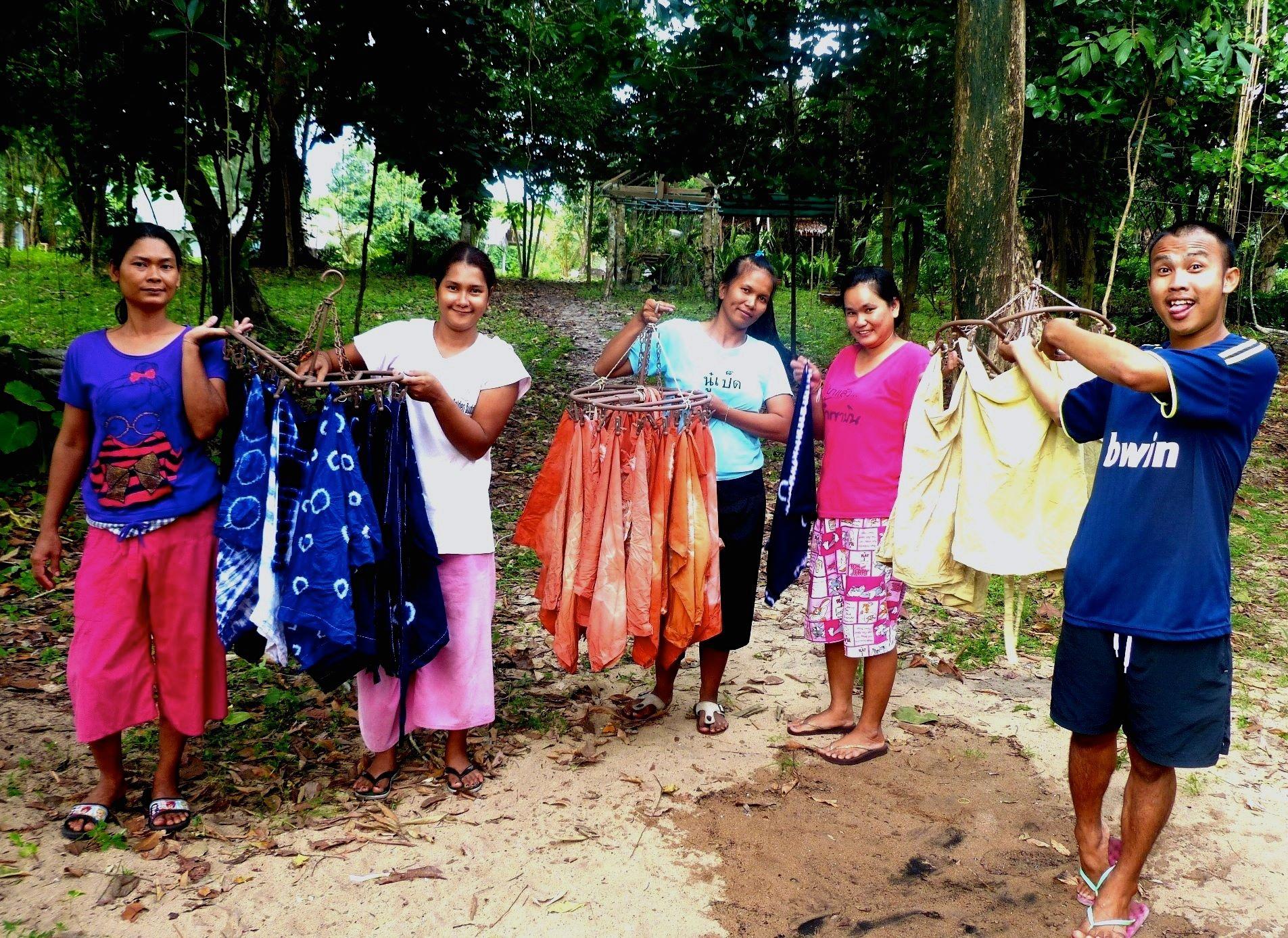 tie dye class for housekeeping in the rainy season