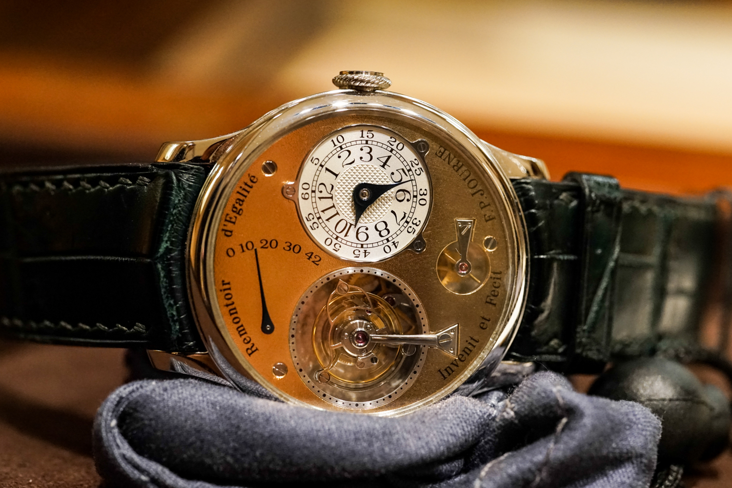 FP Journe Tourbillon Souverain-1.jpg