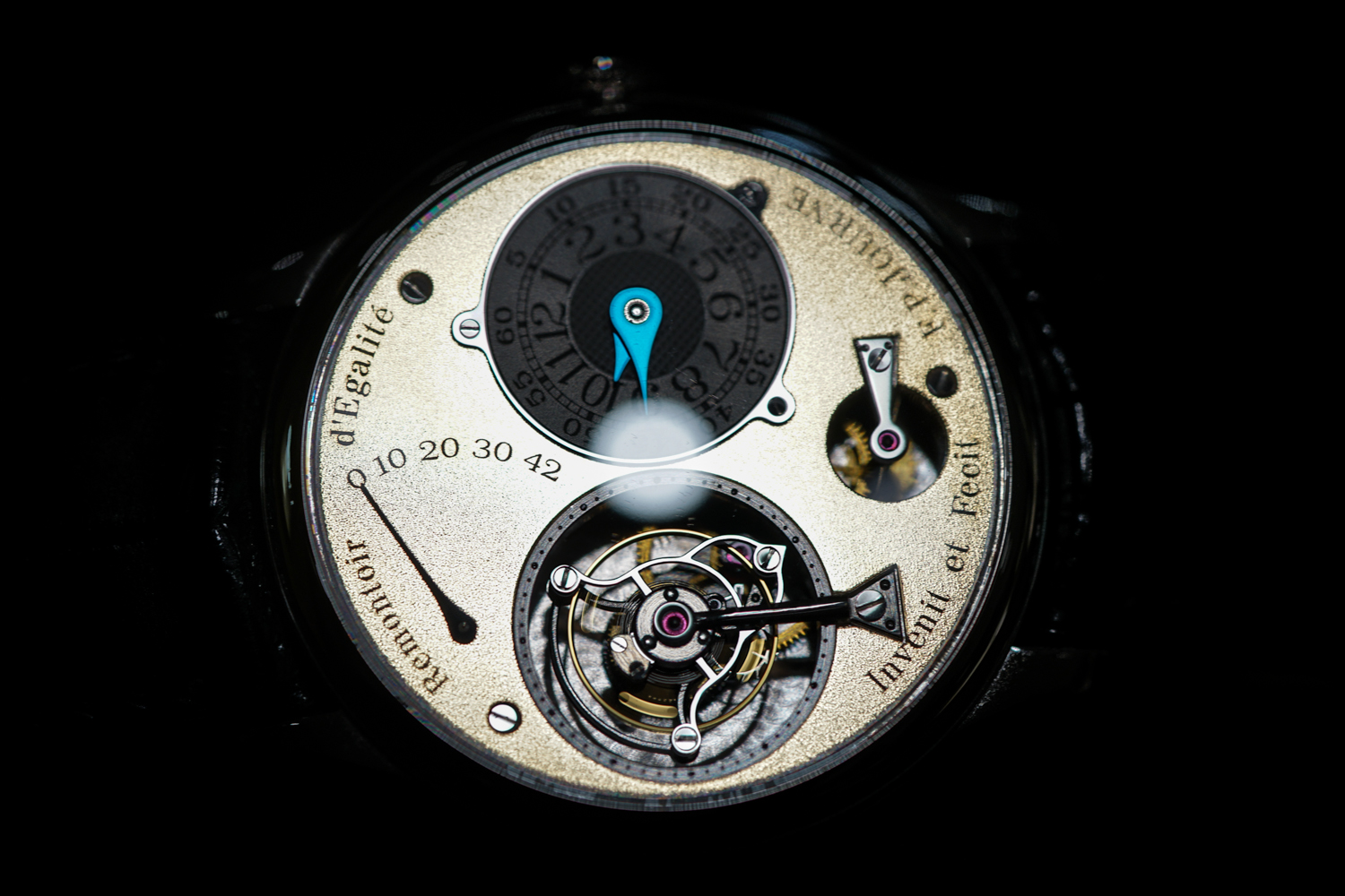 FP Journe Tourbillon Souverain Dial Gold Frosted-8.jpg
