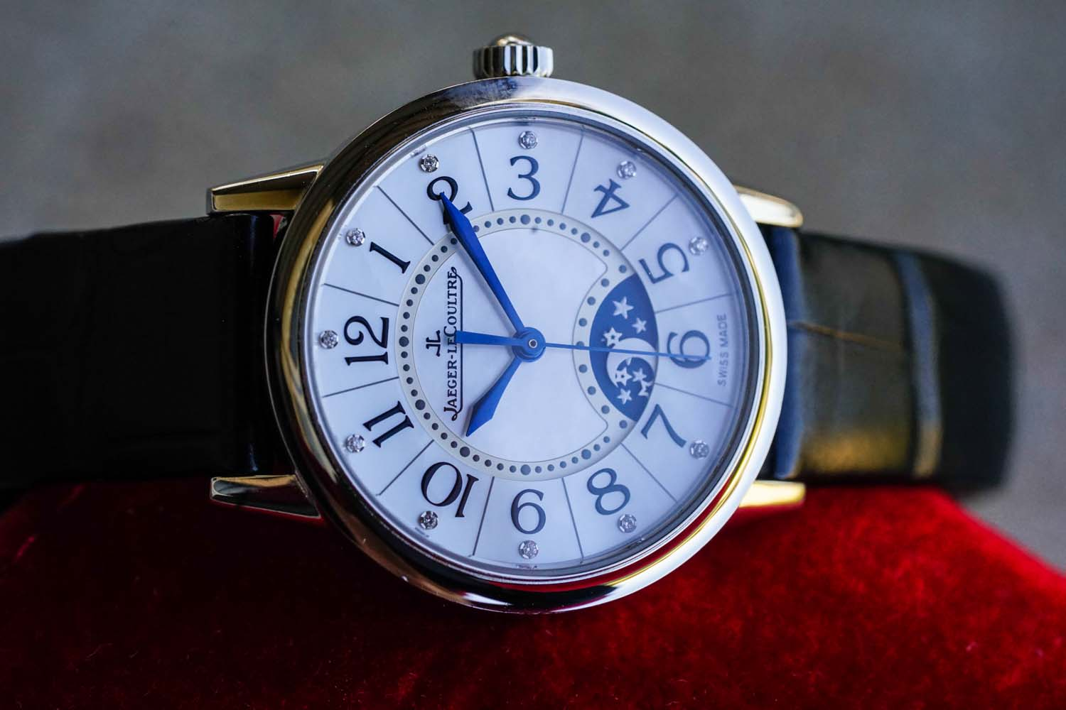 Jaeger-LeCoultre Rendez-Vous Night & Day Front Mother of Pearl