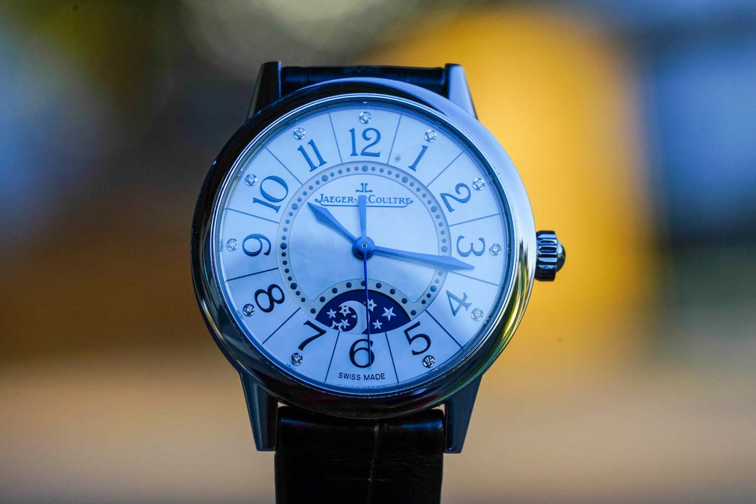 Jaeger-LeCoultre Rendez-Vous Night & Day Front Mother of Pearl Bokeh