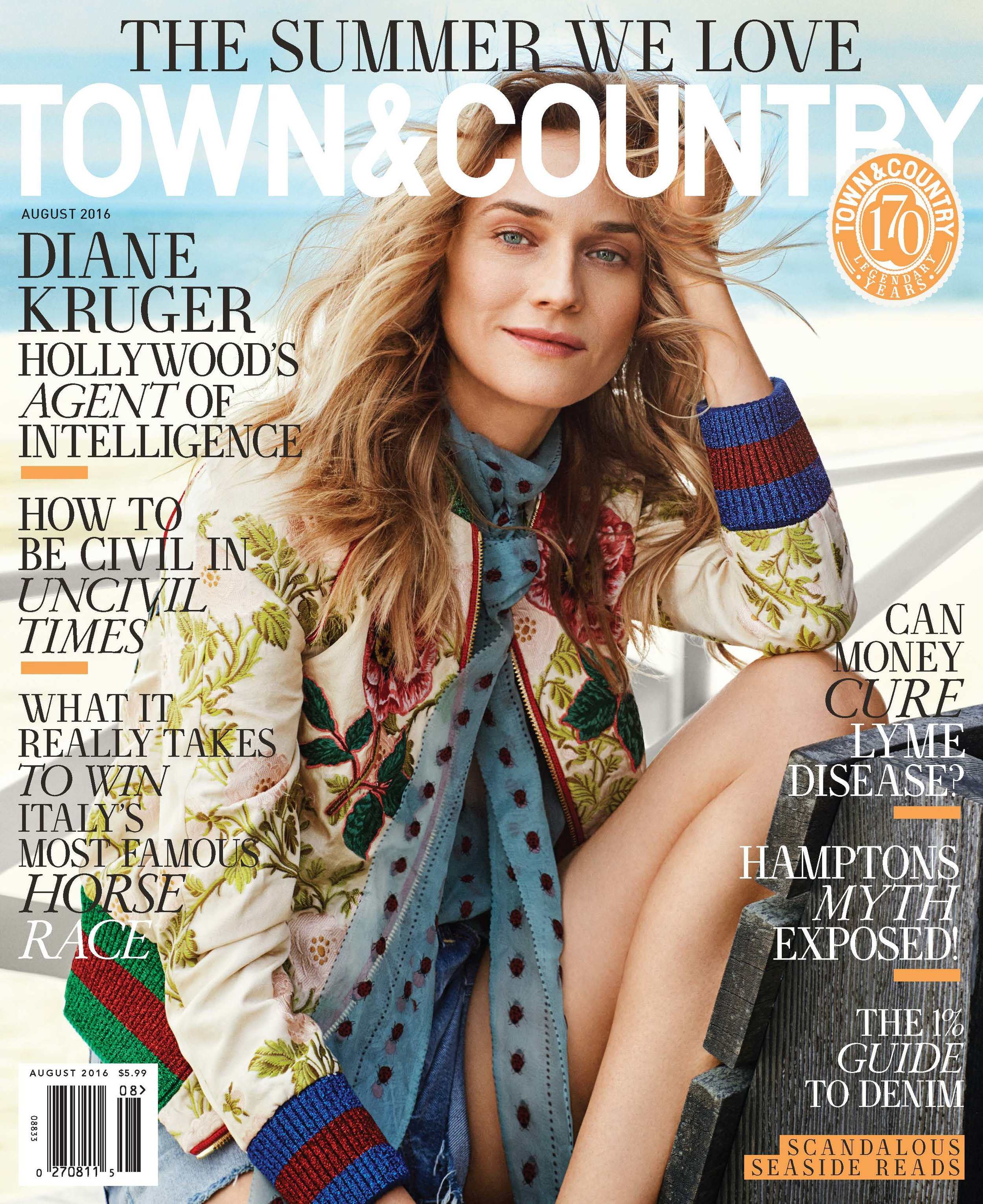 TOWN & COUNTRY MagazineAugust 2016 -