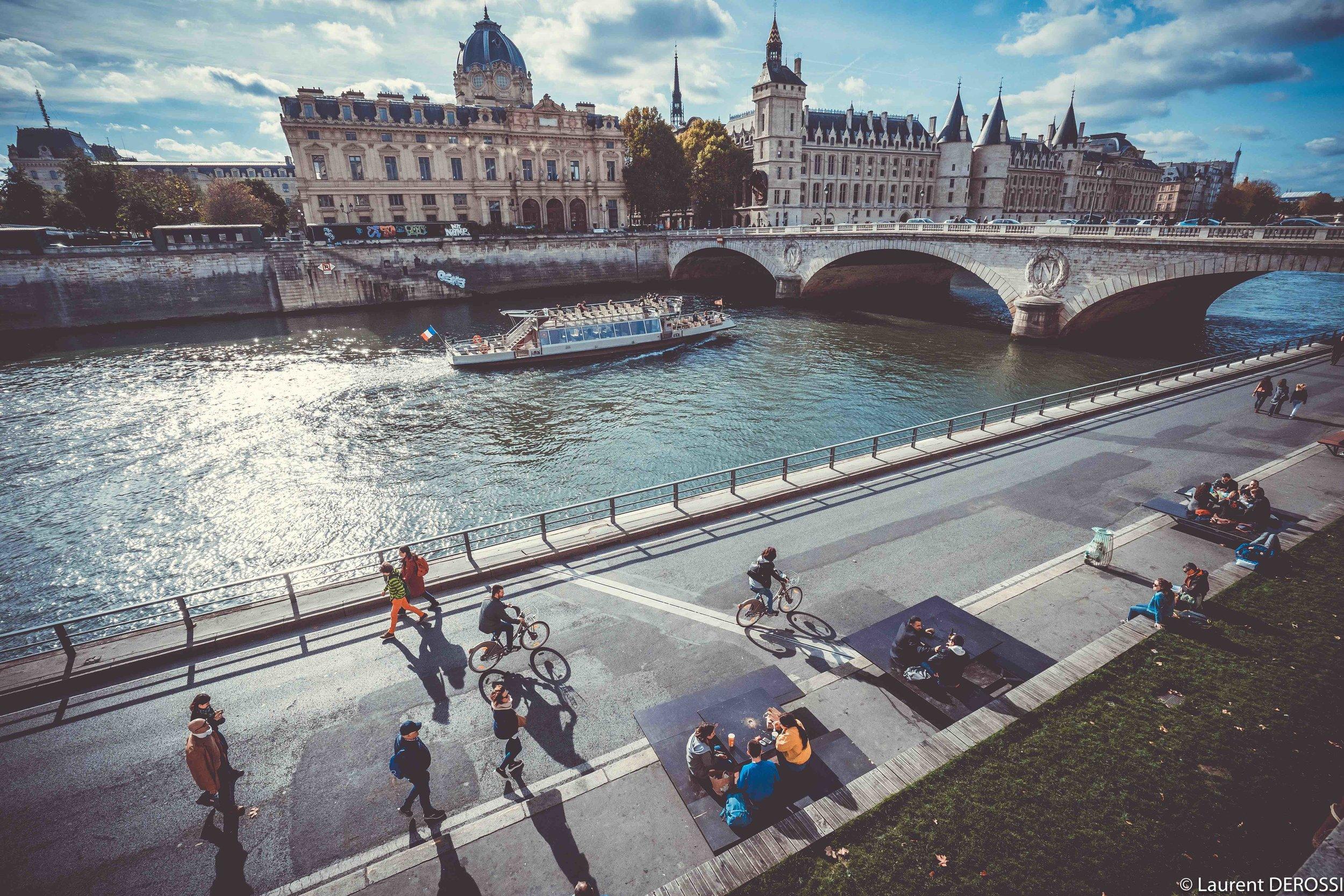 Quais-de-Seine-Paris