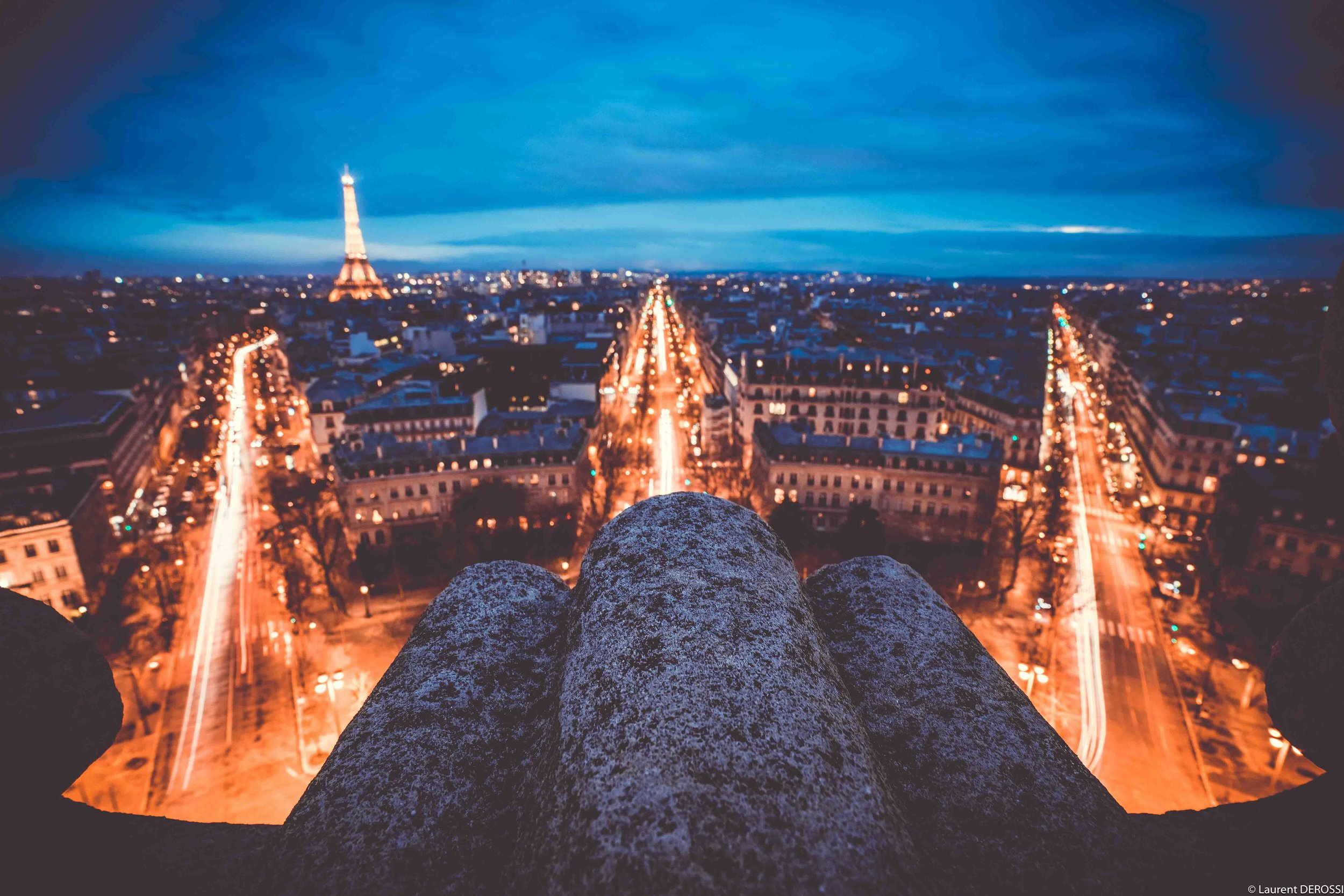 view-arc-de-triomphe-paris-night.jpg