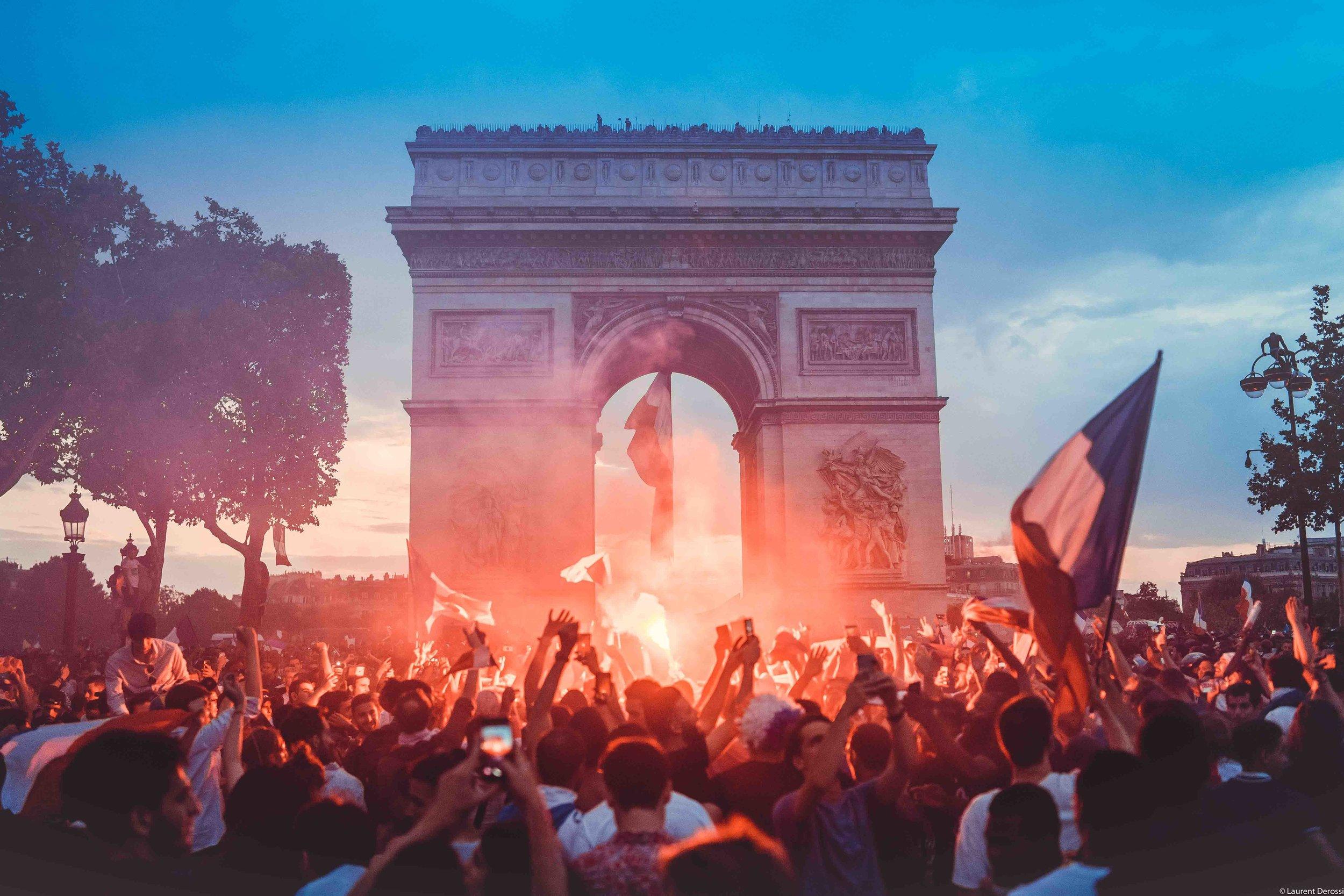 • World Cup celebrations • - 15.07.2018 on the Champs Elysées ⭐️⭐️