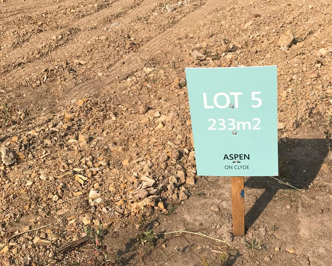 Land title - 27/03/2019Our first Lots titled TODAY! next step settlement and then we can watch house construction commence.