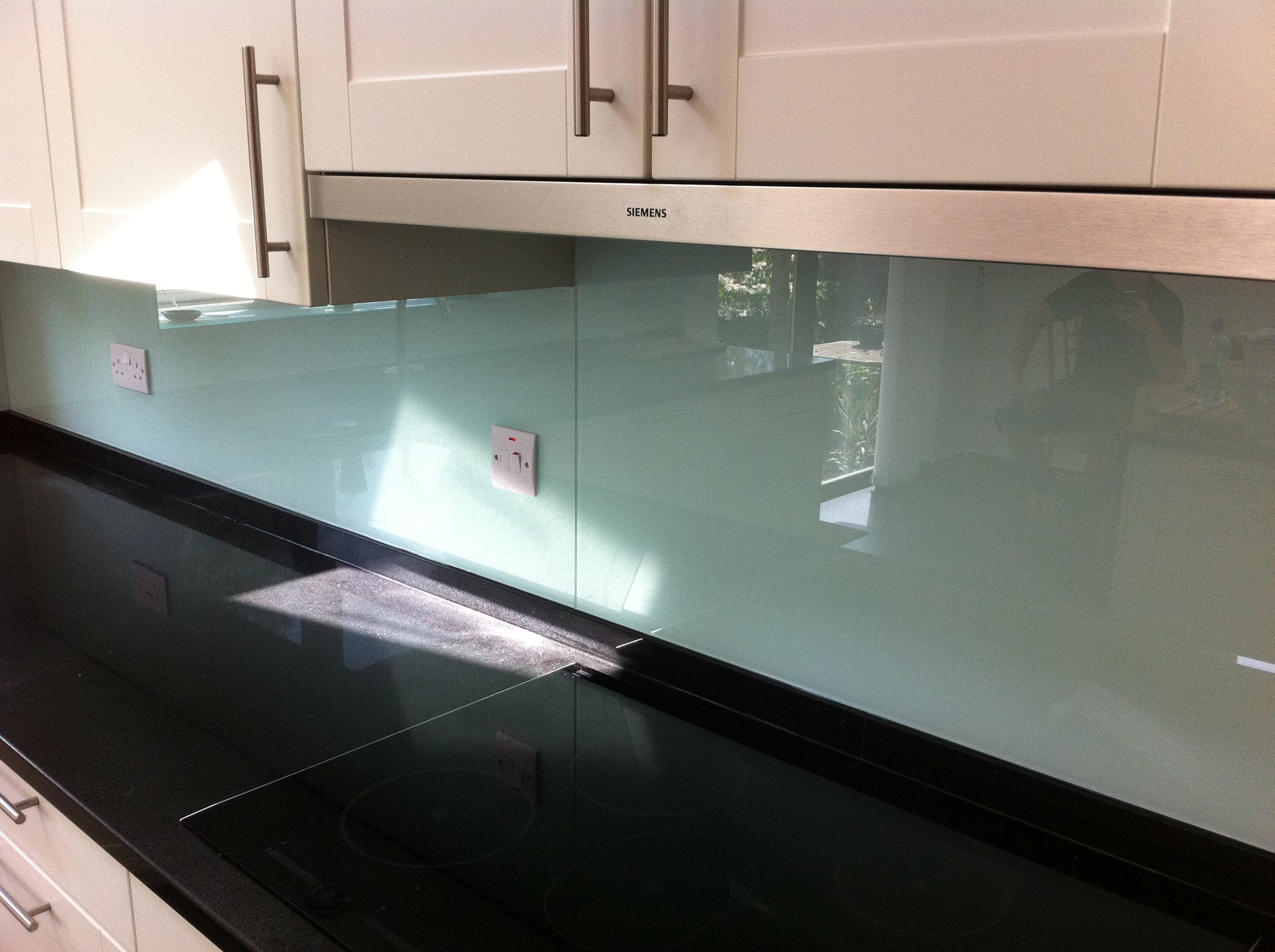 glass splashbacks - Blues