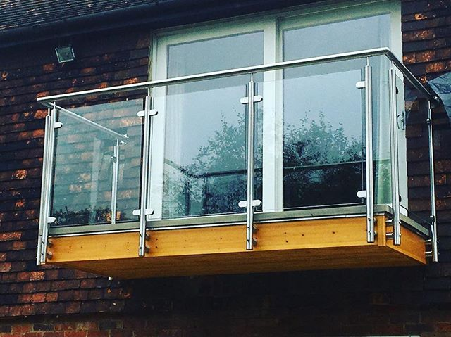We recently fitted this glass balcony surround