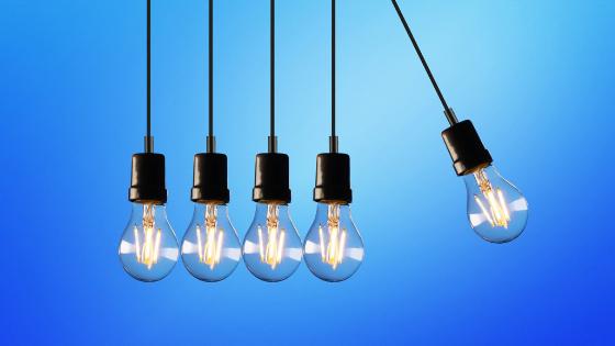 Swinging Lightbulbs.png